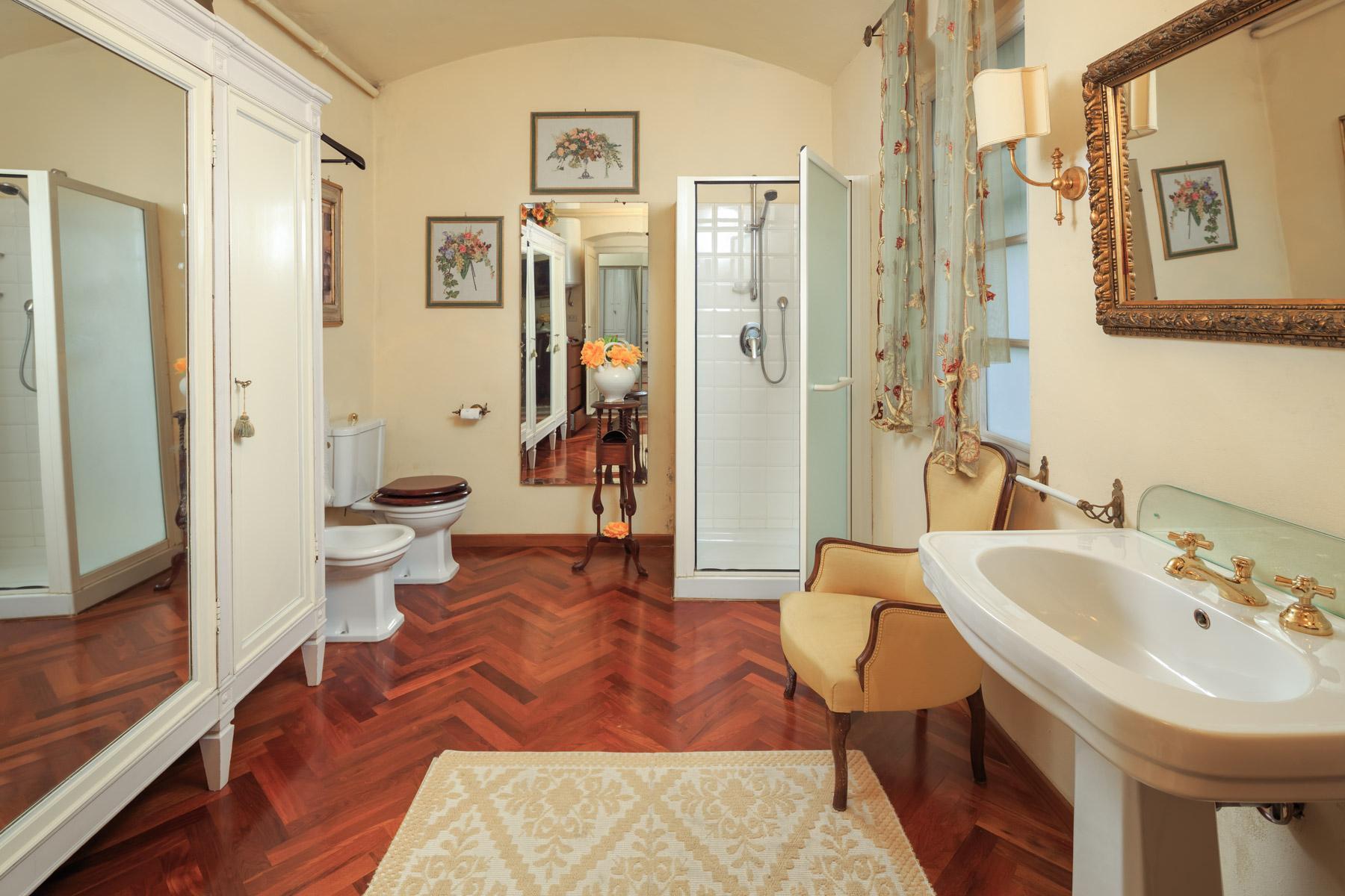 Wunderschöne Immobilien mit atemberaubendem Blick auf Florenz - 16