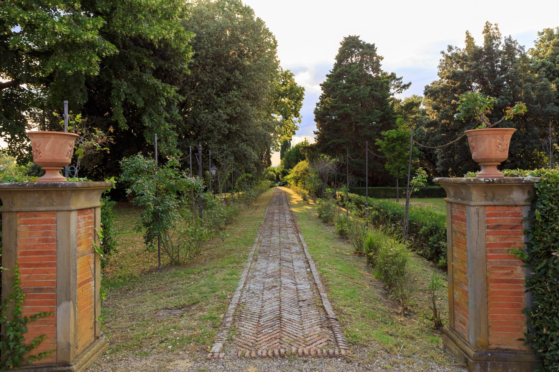 Wunderschöne Immobilien mit atemberaubendem Blick auf Florenz - 19