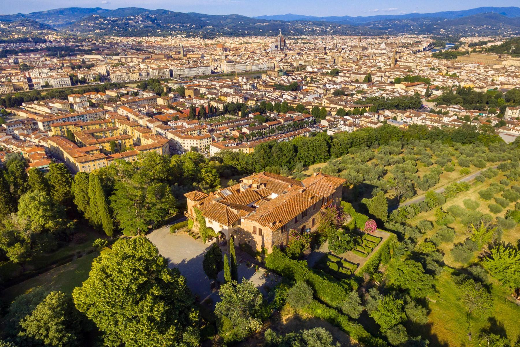 拥有令人叹为观止佛罗伦萨城市风光的别墅 - 1