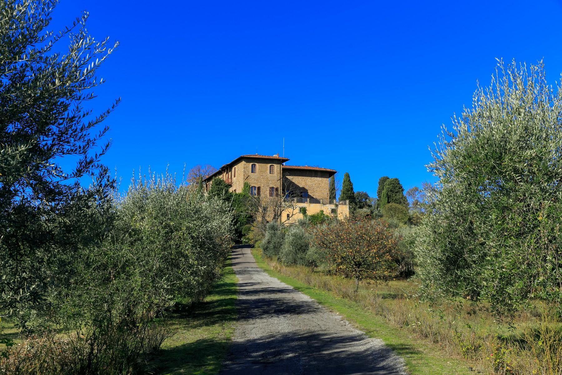 Wunderschöne Immobilien mit atemberaubendem Blick auf Florenz - 23