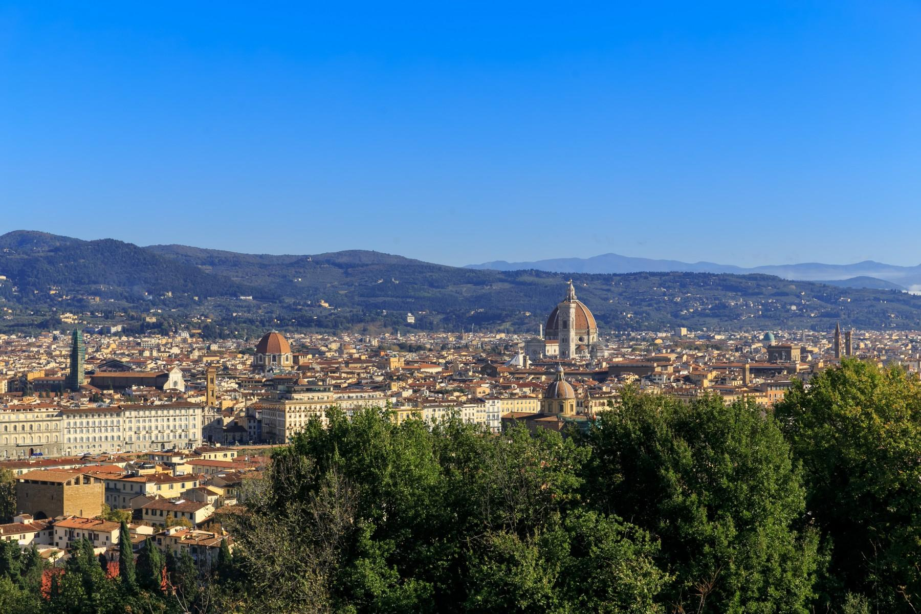 Stunning property with breathtaking views of Florence - 2