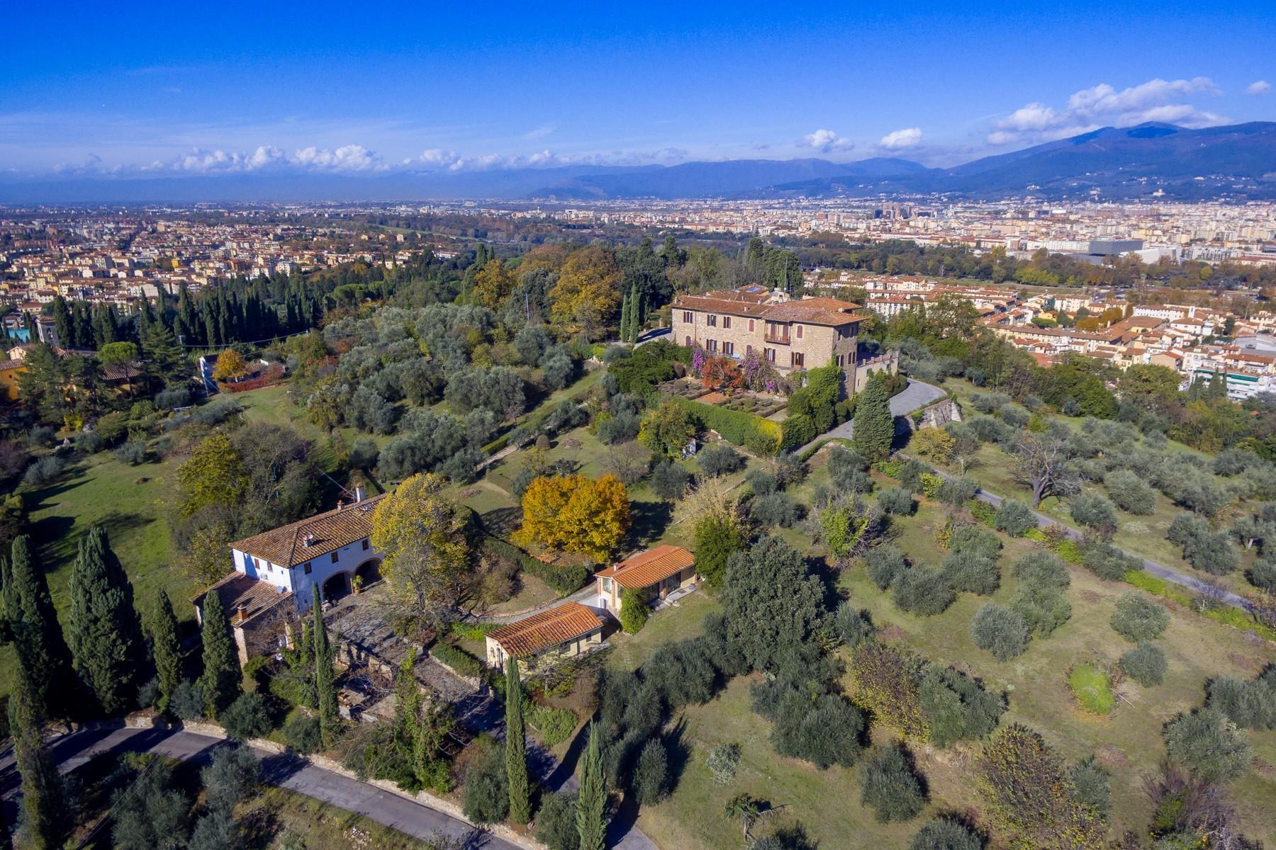 Wunderschöne Immobilien mit atemberaubendem Blick auf Florenz - 36