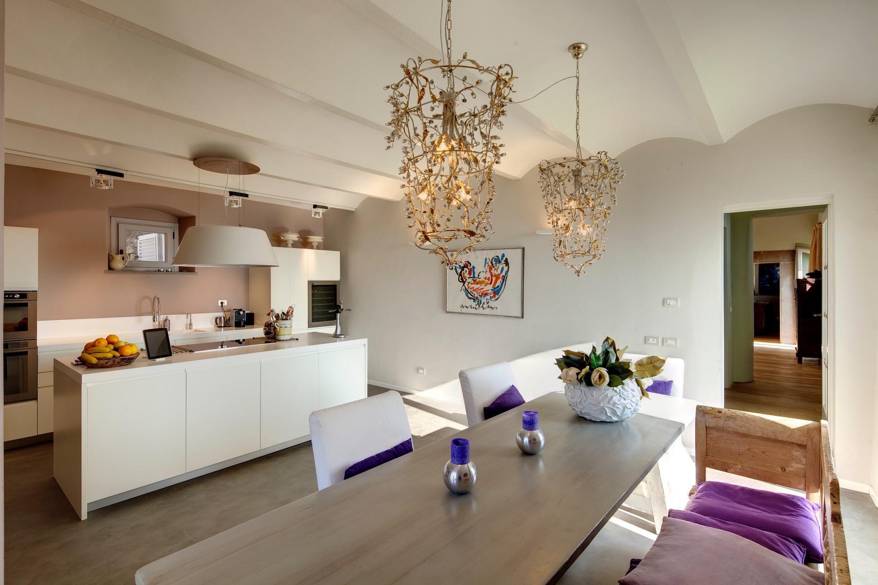 Splendida villa autentica con torretta - 6