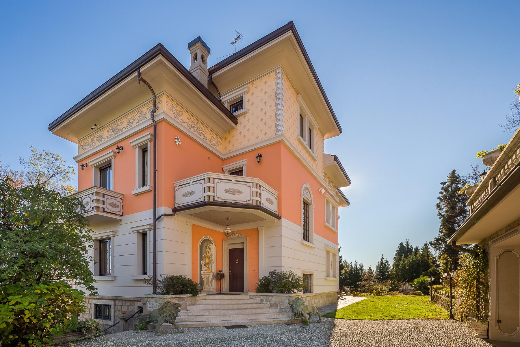 Elegance and history on the hills of Stresa - 4