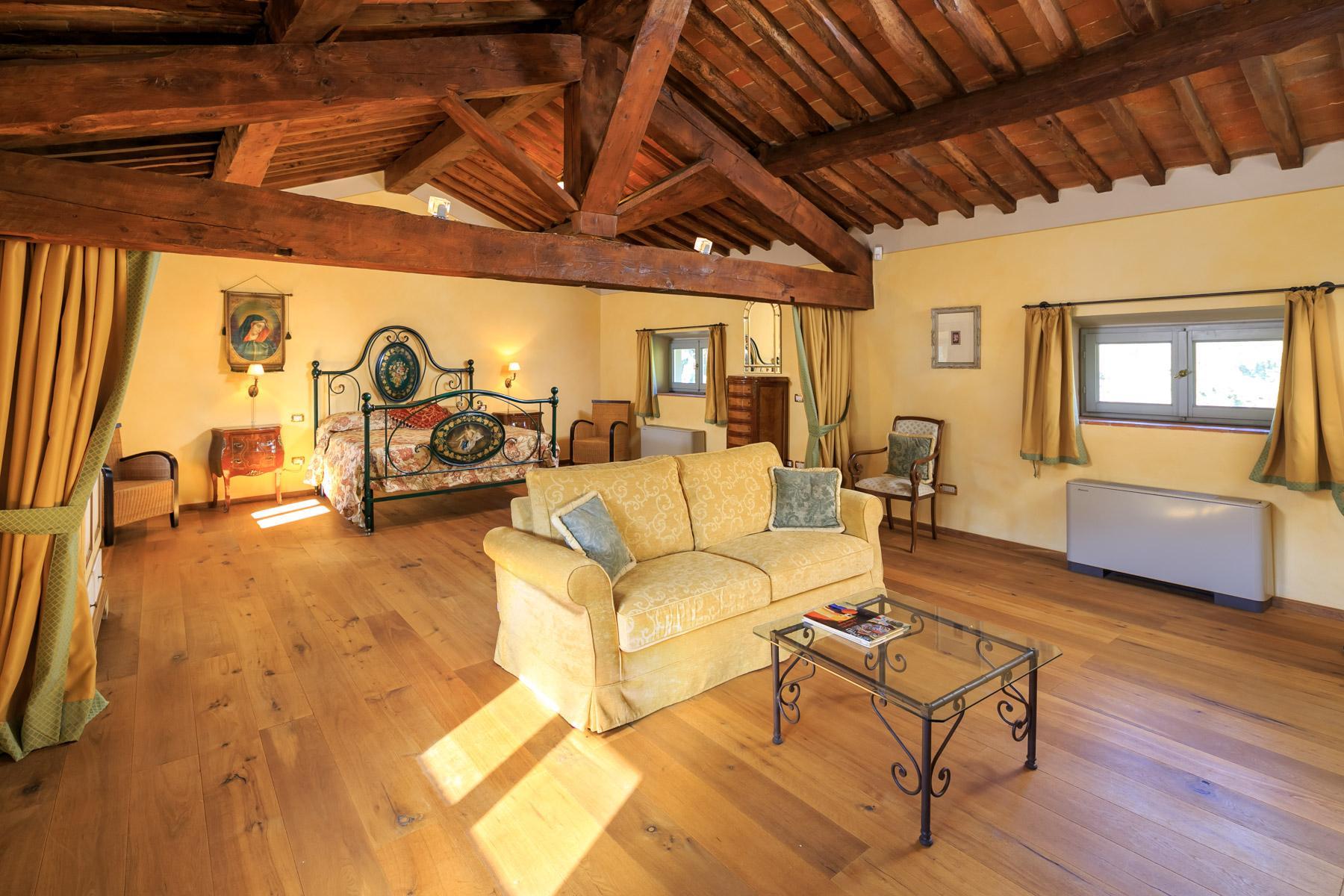 Wunderschöne Villa aus dem 16. Jahrhundert - 18