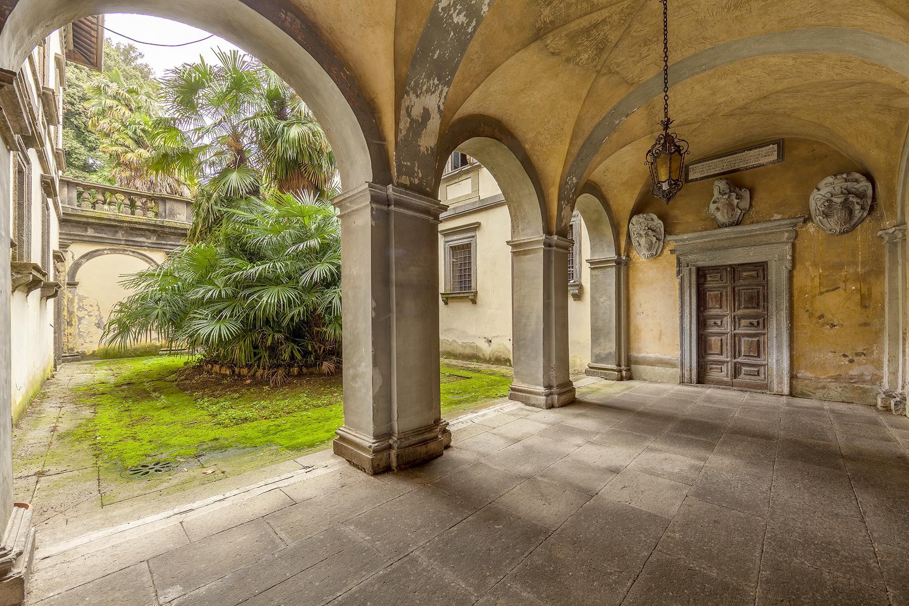 Прекрасный дворец в стиле Ренессанса - 2