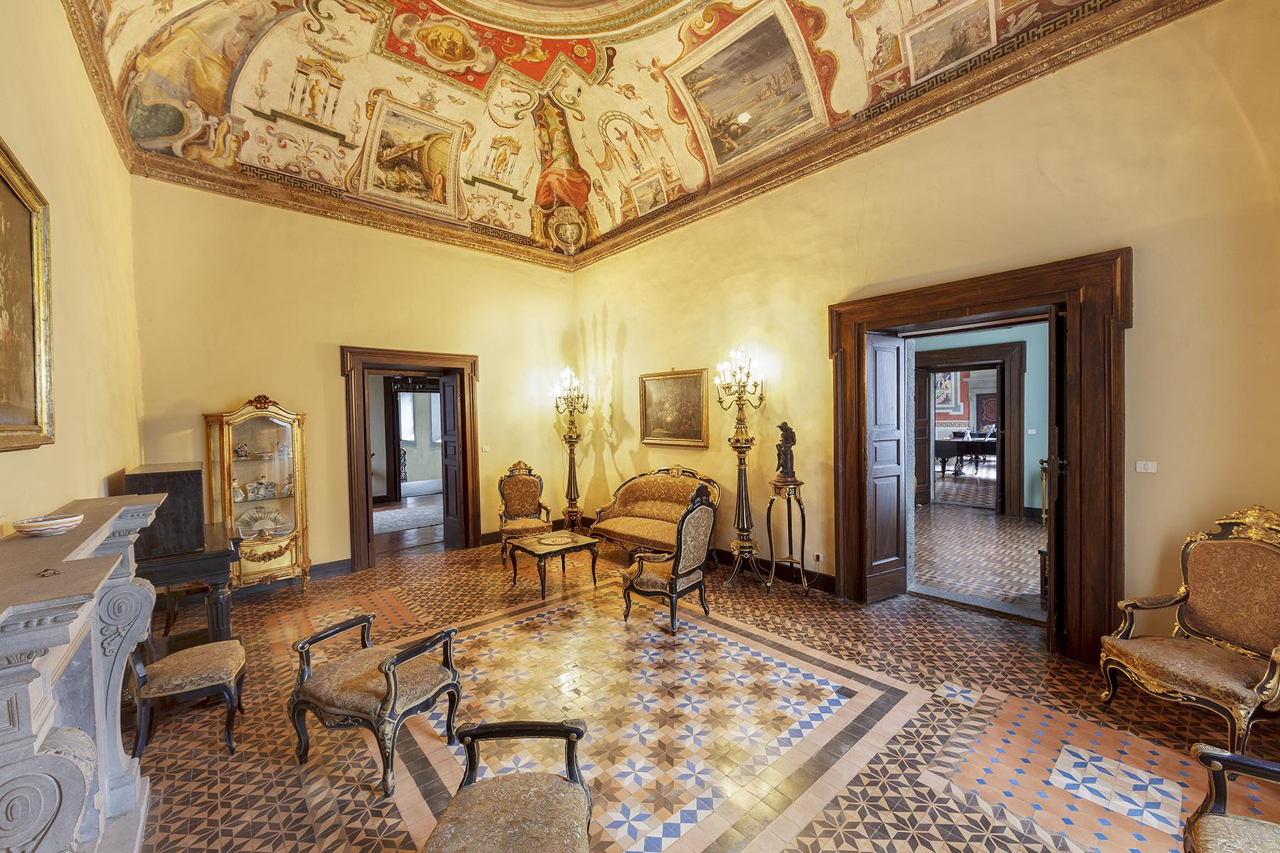 Прекрасный дворец в стиле Ренессанса - 7