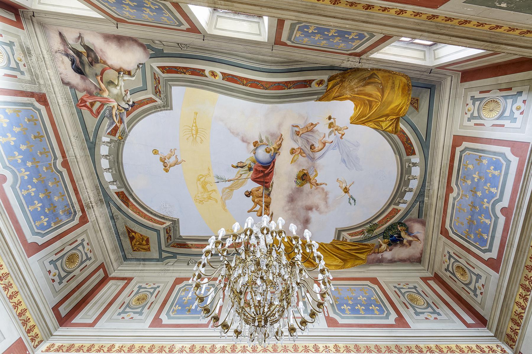 Прекрасный дворец в стиле Ренессанса - 13