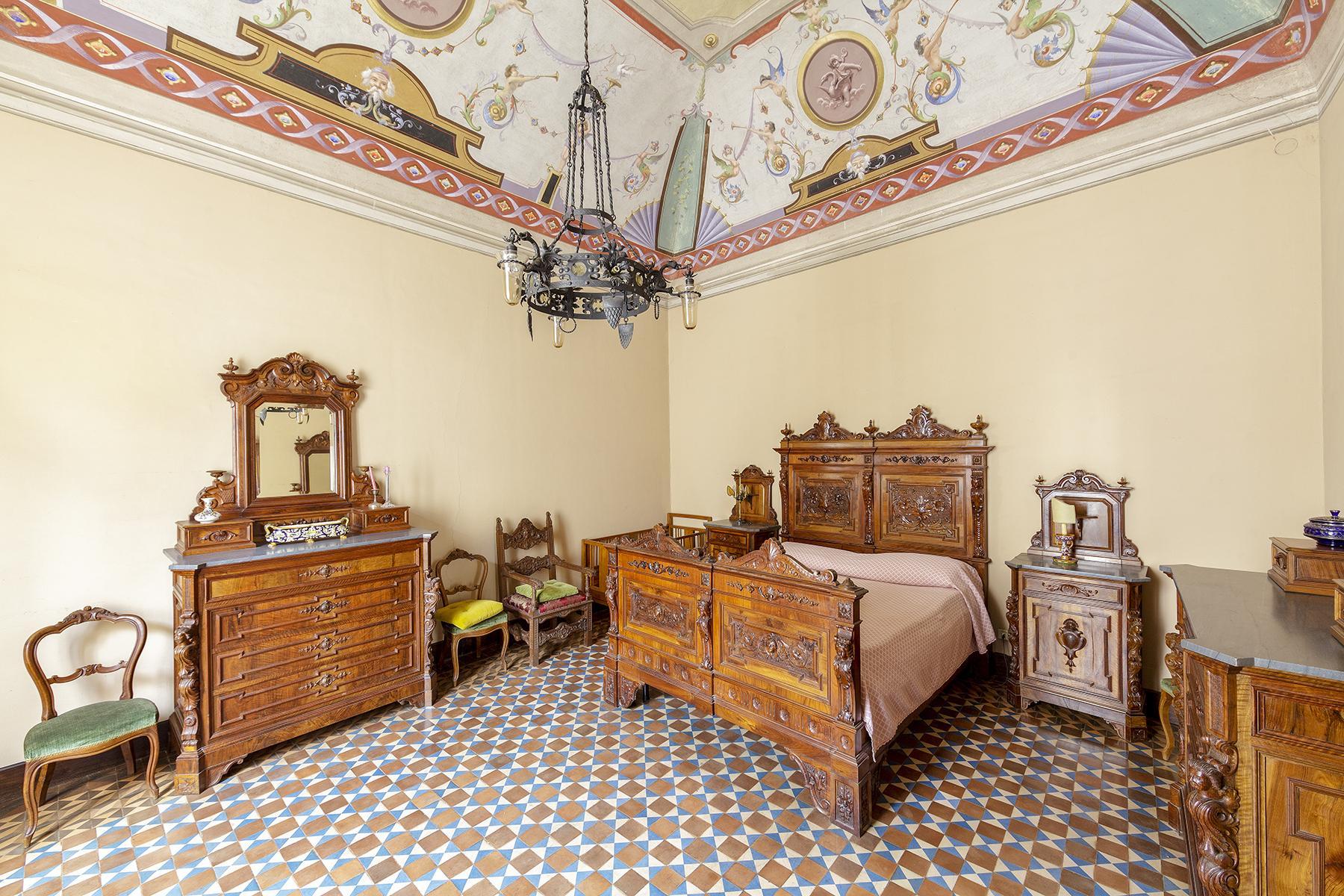 Прекрасный дворец в стиле Ренессанса - 12