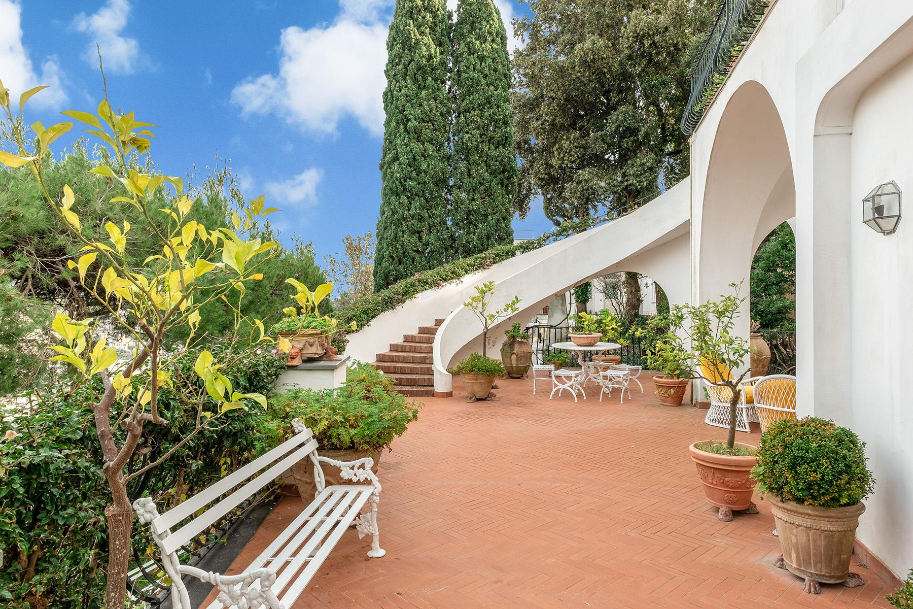 Stunning villa with swimming pool a few steps from the Capri Center - 14