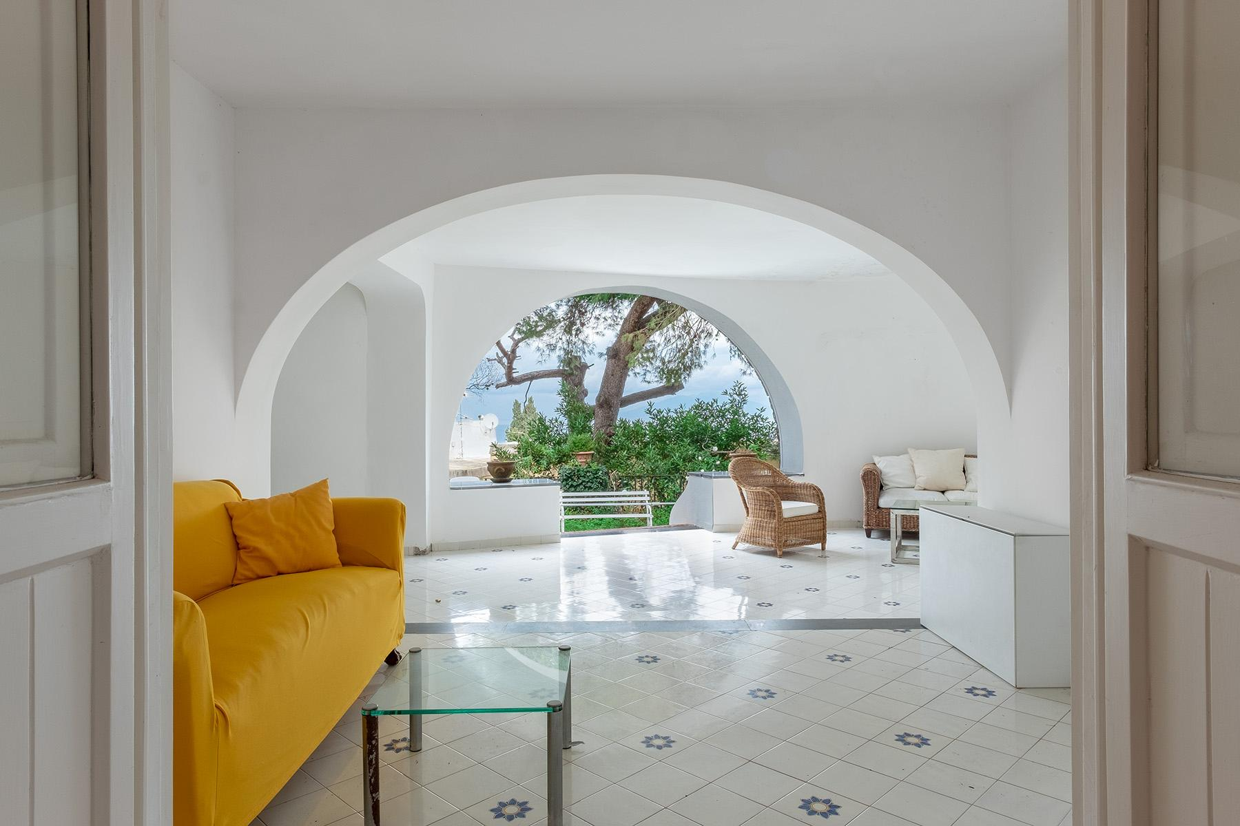 Stunning villa with swimming pool a few steps from the Capri Center - 17
