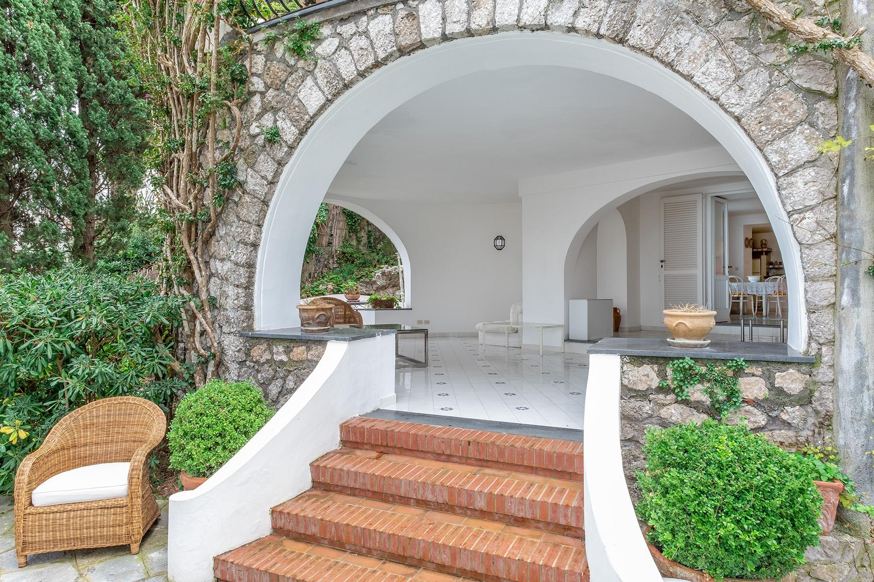 Stunning villa with swimming pool a few steps from the Capri Center - 15