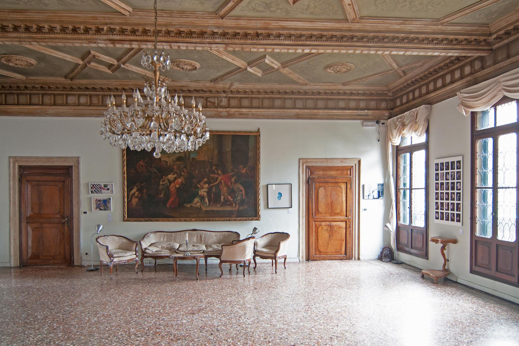 16th Century Palazzetto with permissions for a 23 bedroom hotel - 5