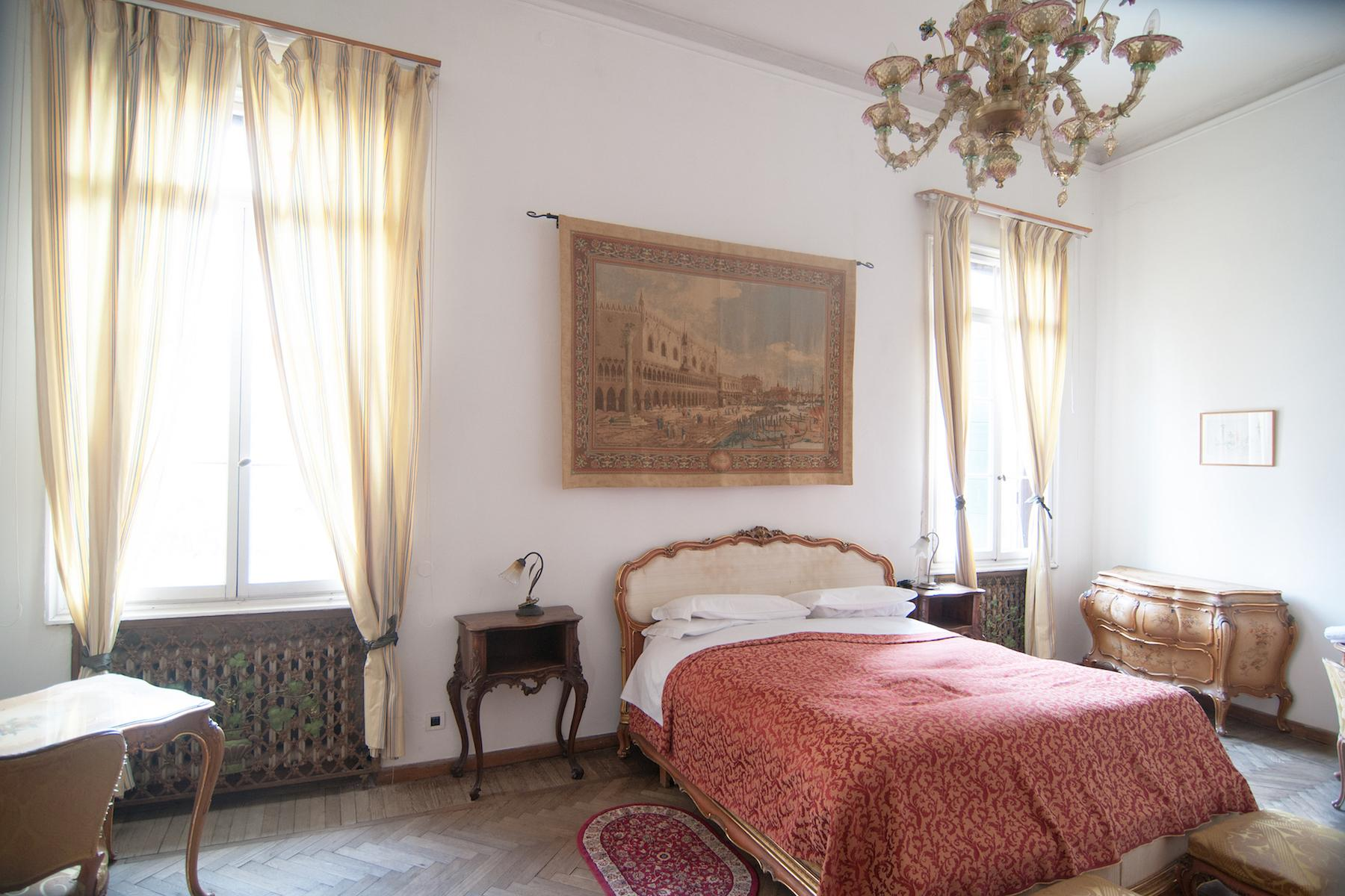 16th Century Palazzetto with permissions for a 23 bedroom hotel - 13