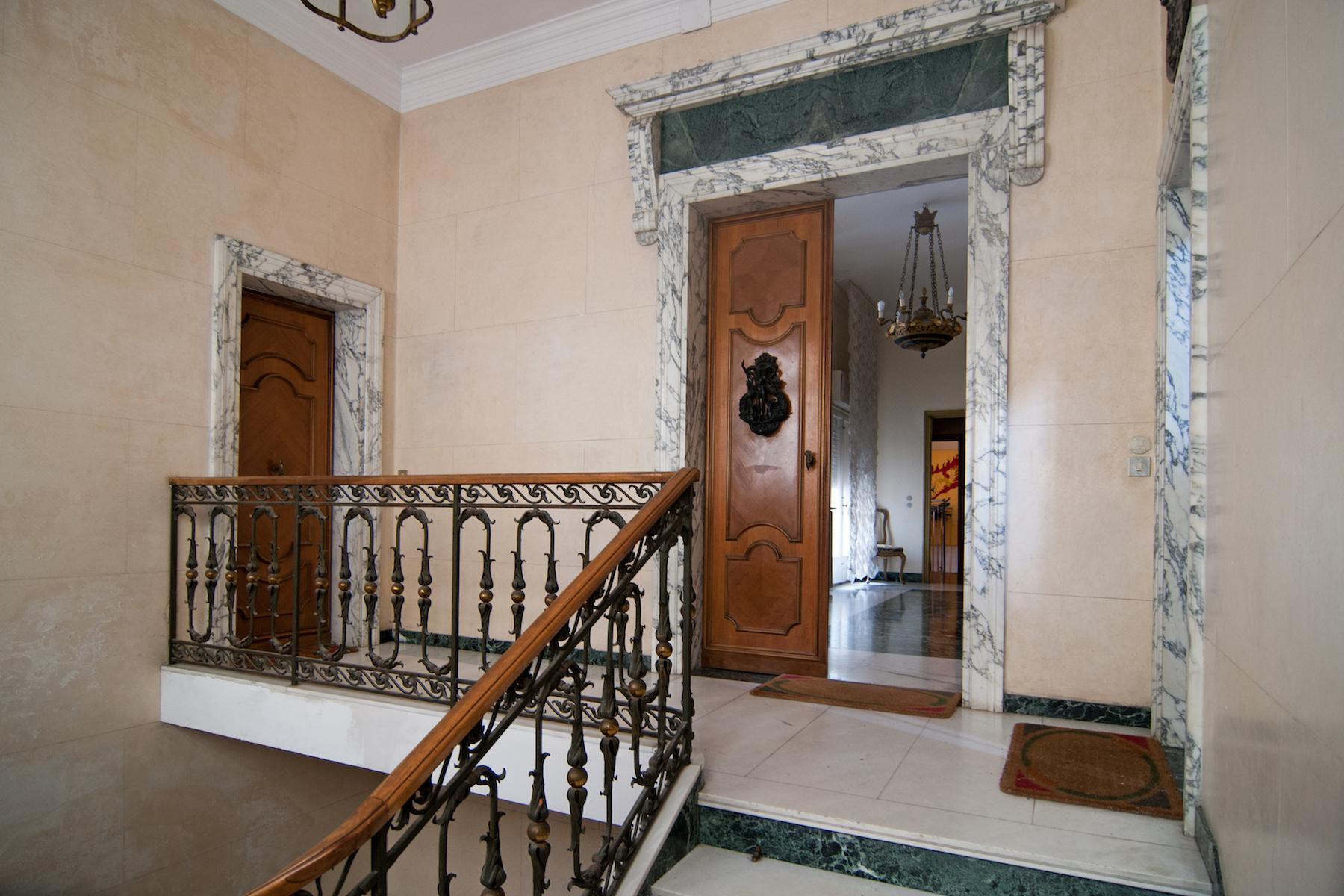16th Century Palazzetto with permissions for a 23 bedroom hotel - 15