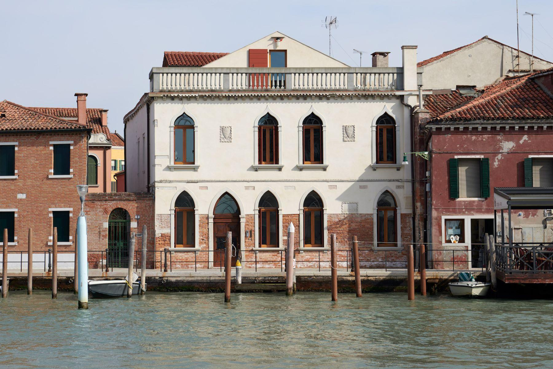 Palast de Verre am Meer in Murano - 2
