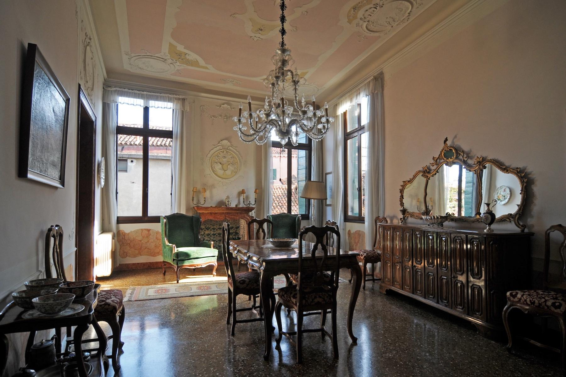 Elegant piano nobile with terrace Santa Croce - 1