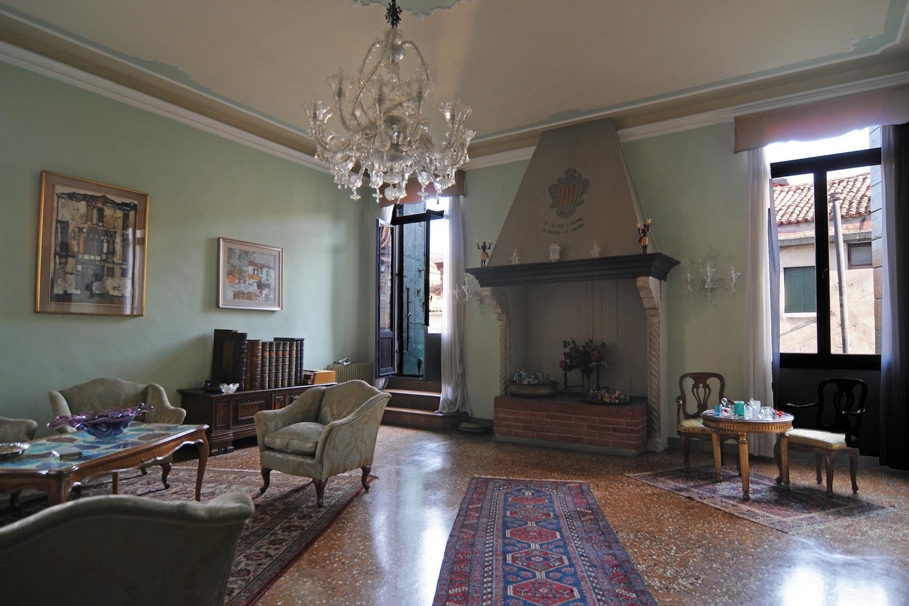 Elegante Piano Nobile con terrazzo a San Giacomo dell'Orio - 6