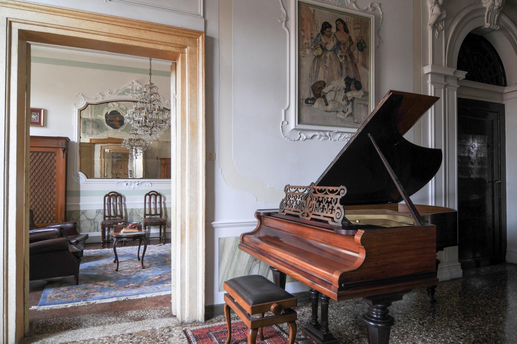 Elegante erste Etage mit Terrasse in Santa Croce - 10
