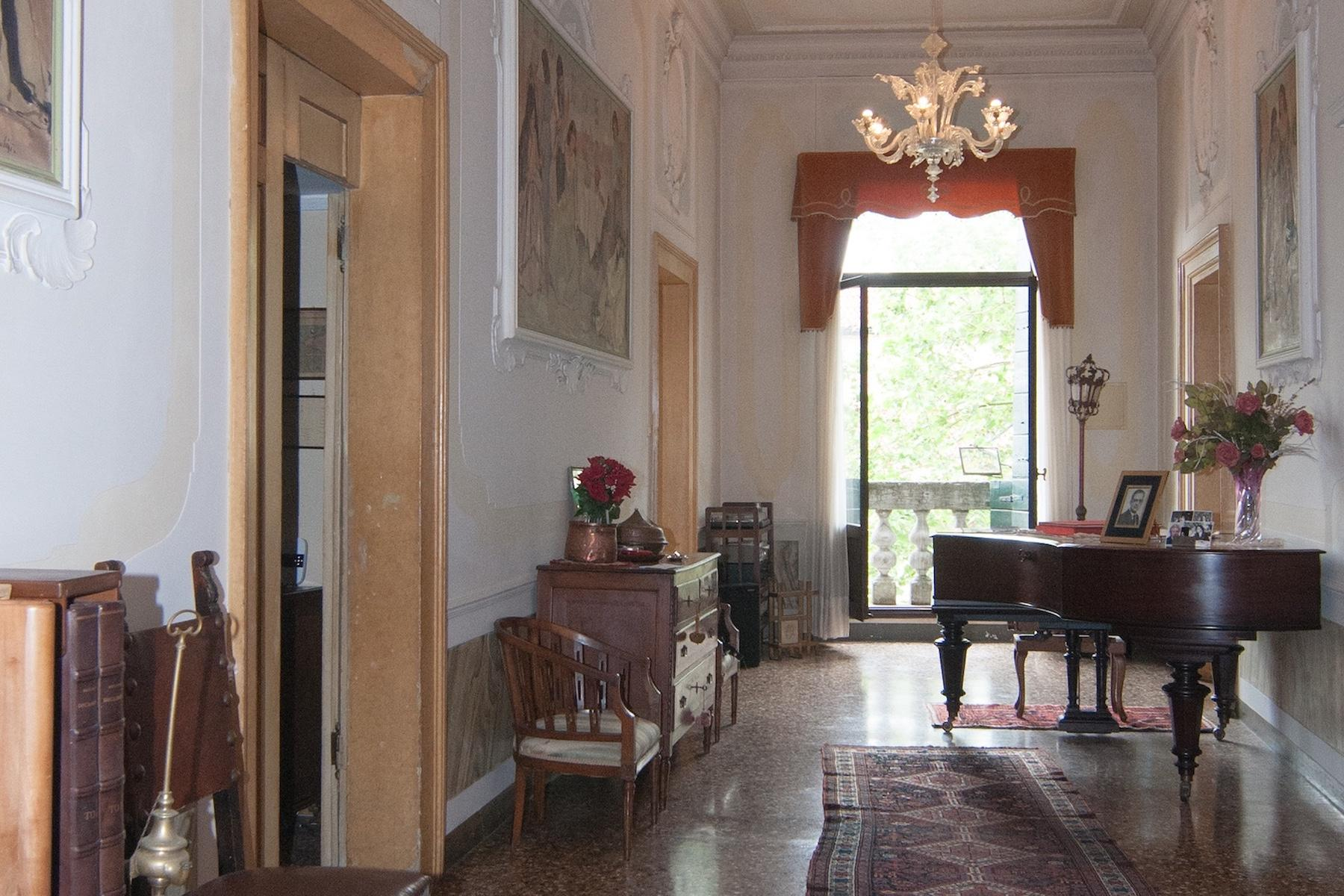 Elegante erste Etage mit Terrasse in Santa Croce - 16