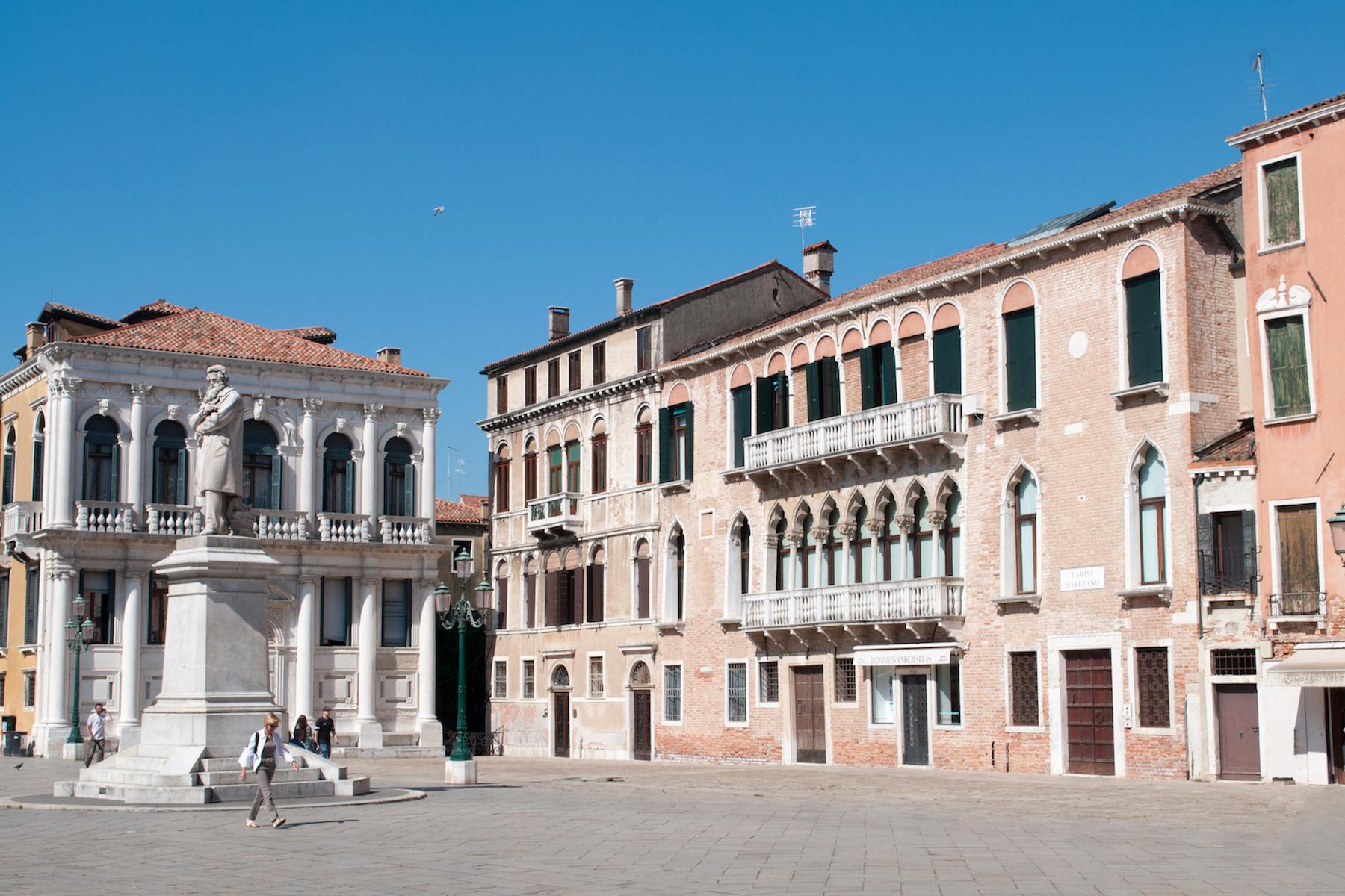 Wunderschöne Wohnung im Santo Stefano Stadtviertel - 3