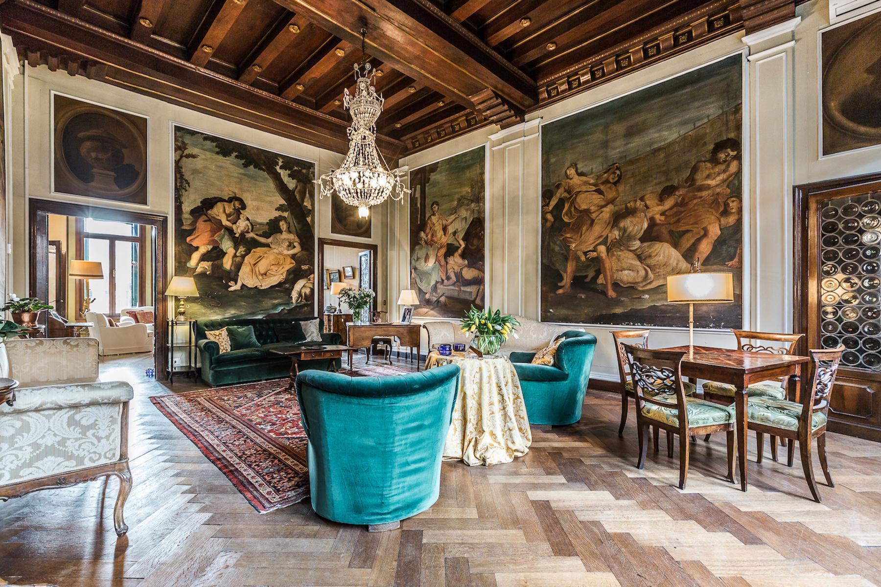 Wunderschöne Wohnung im Santo Stefano Stadtviertel - 8