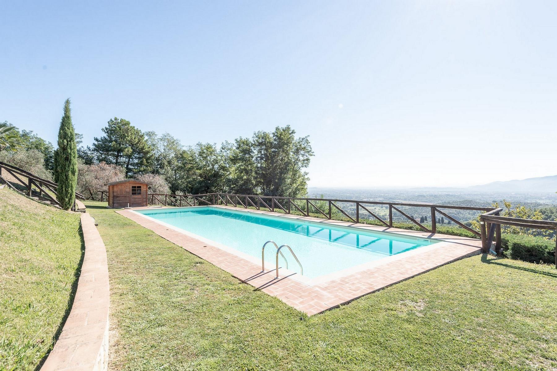 Superb villa with pool on the hills of Lucca - 4