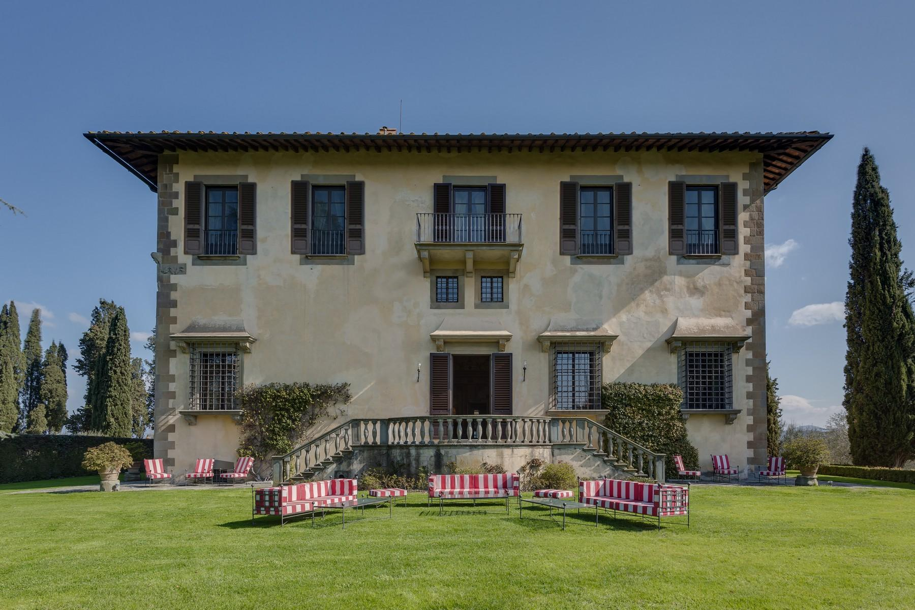 Marvellous Renaissance Villa with pool on the hills of Florence - 2