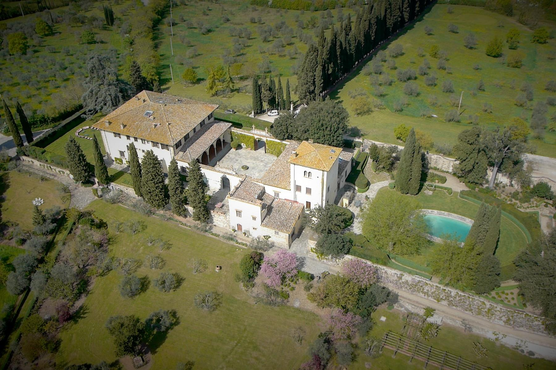 Marvellous Renaissance Villa with pool on the hills of Florence - 43
