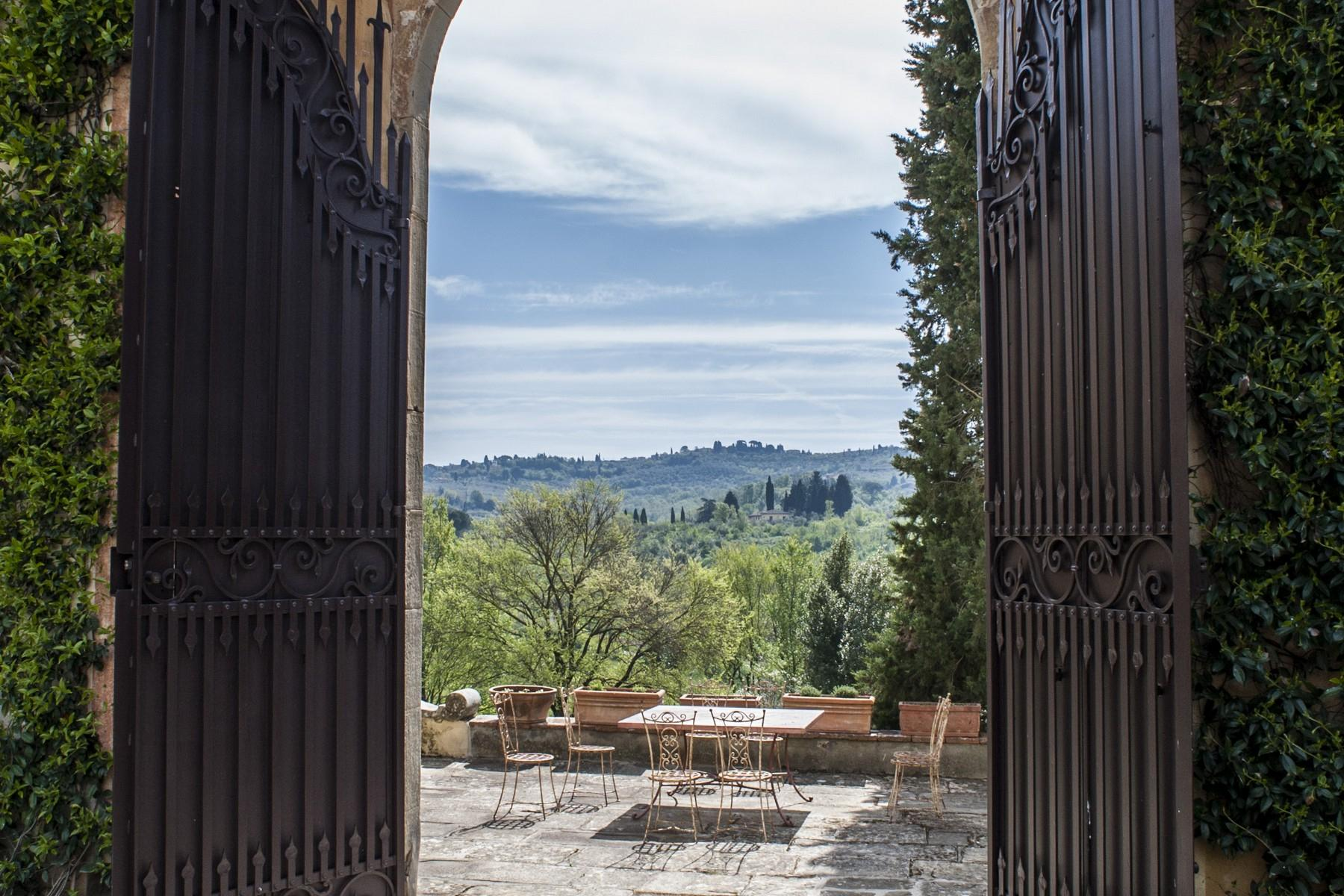 Marvellous Renaissance Villa with pool on the hills of Florence - 42