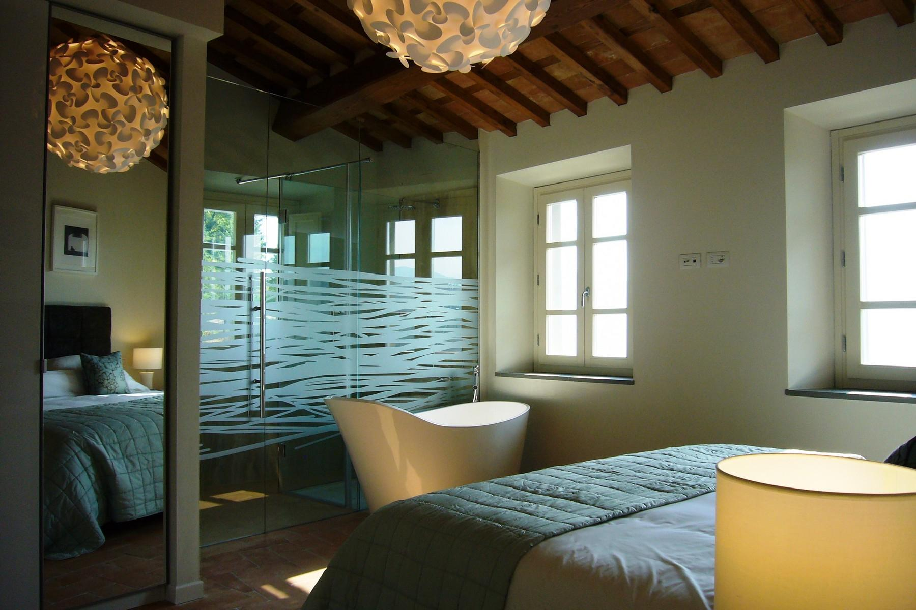 Magnificent villa with pool in Garfagnana - 11
