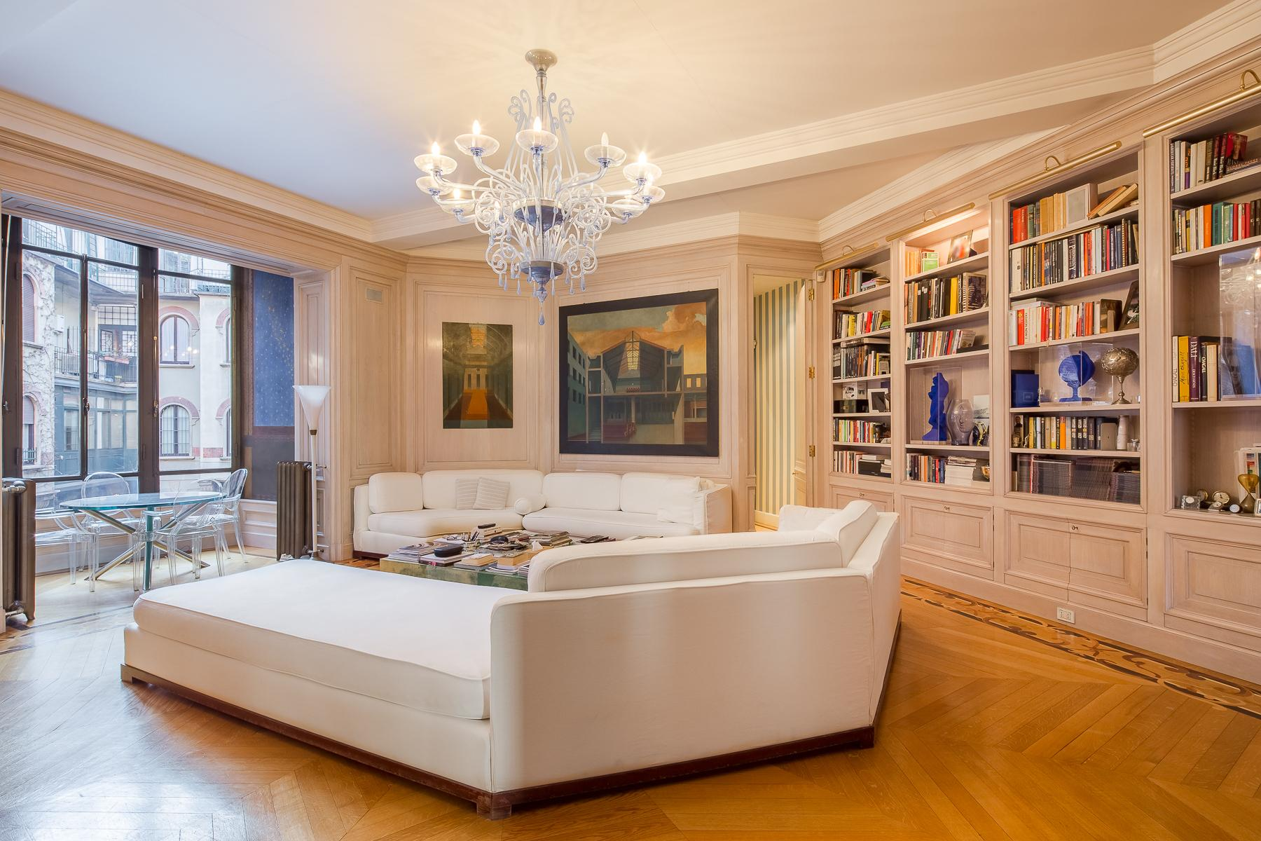 Elegant apartment in prestigious historic building - 3