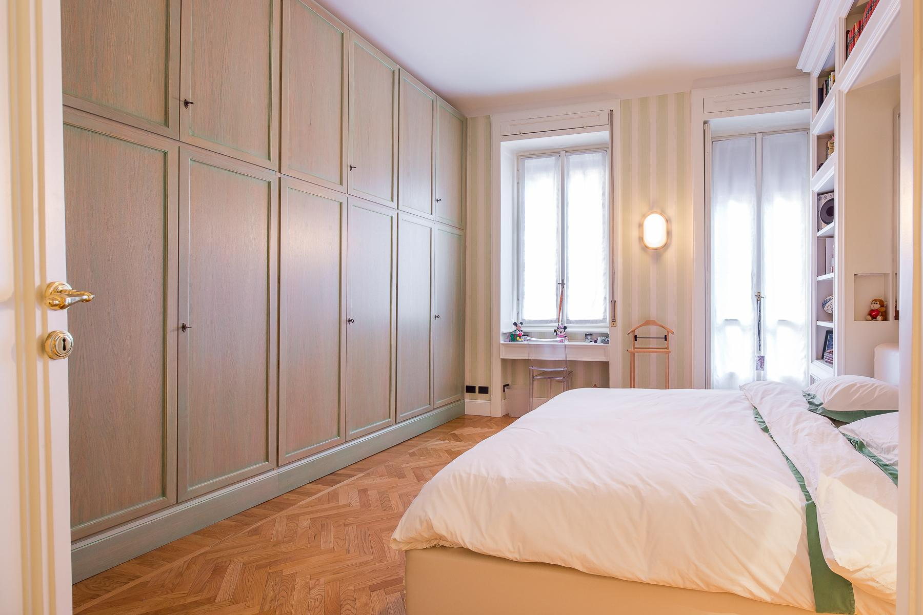Elegante appartamento in prestigioso palazzo storico - 9