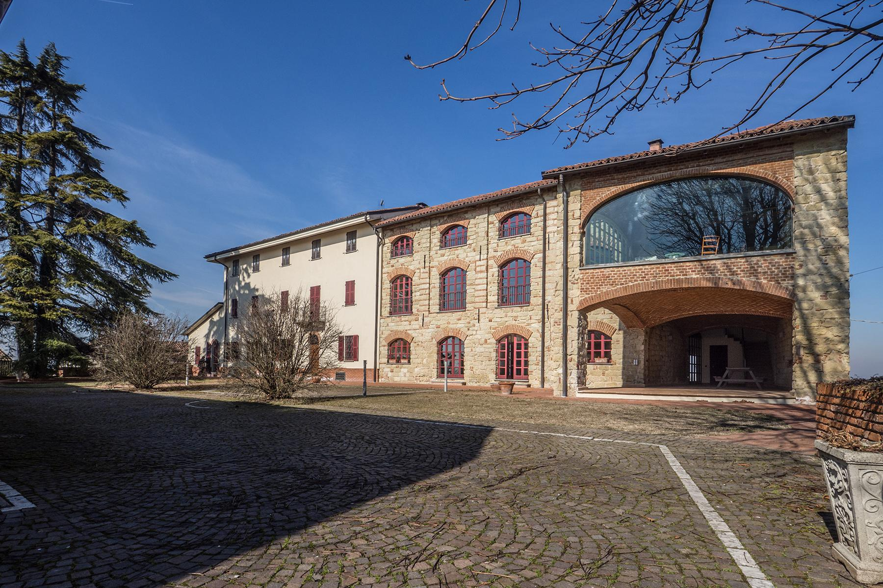 Magnificent farmhouse in the hills of Monferrato - 1