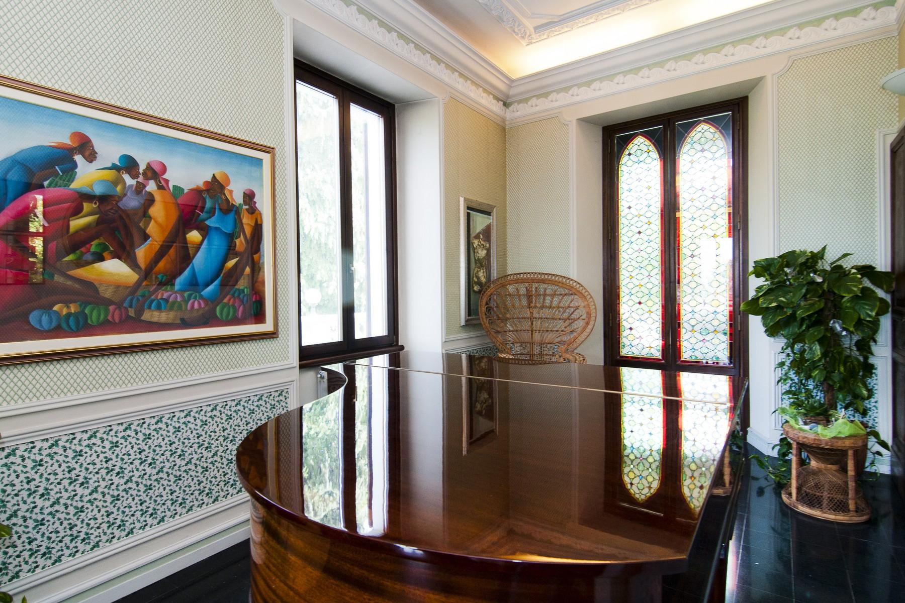 Sumptuous villa on lake Maggiore - 10