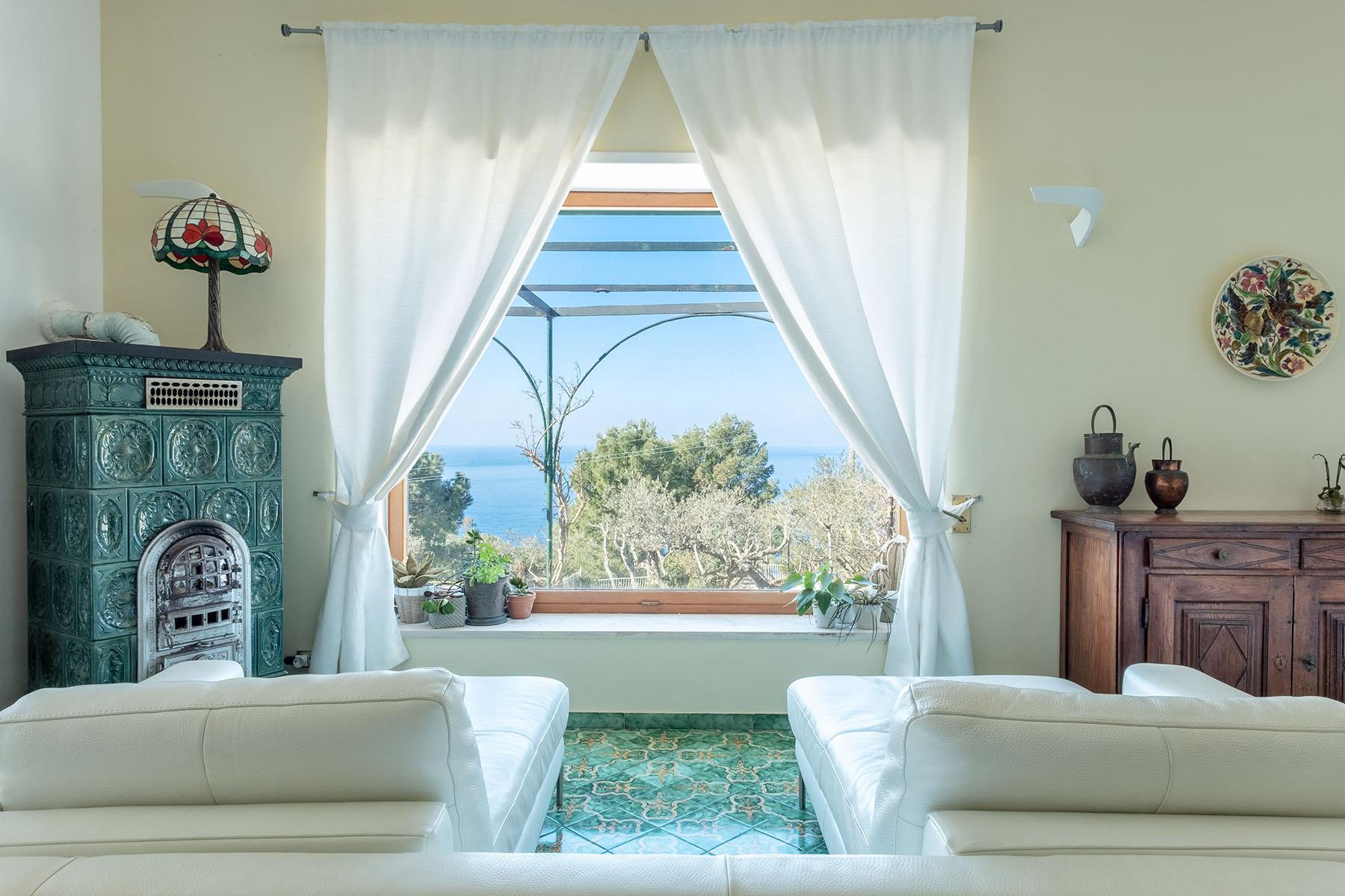Wonderful villa with garden and seaview in Anacapri - 6