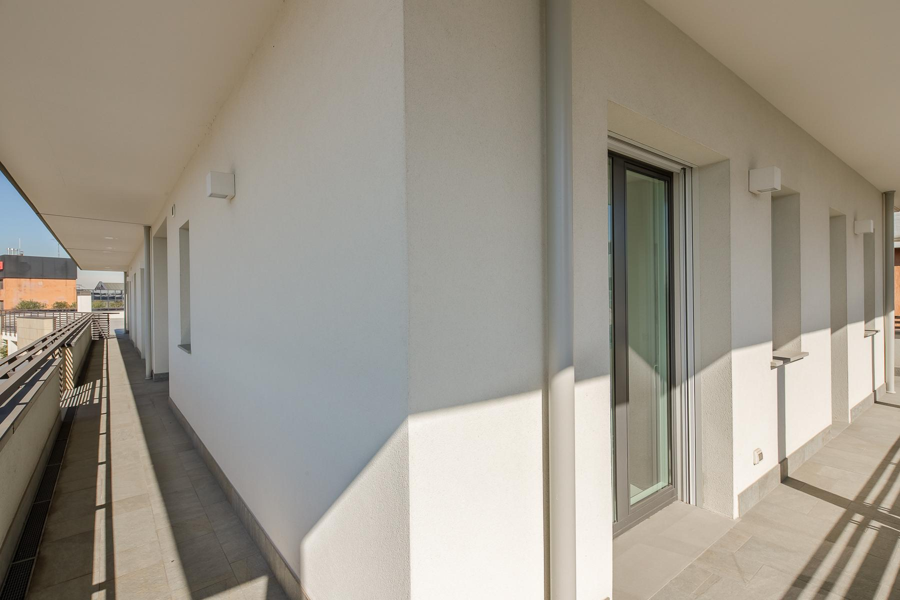 Prestigious penthouse of 320 sqm with terrace and beautiful 360° view - 16