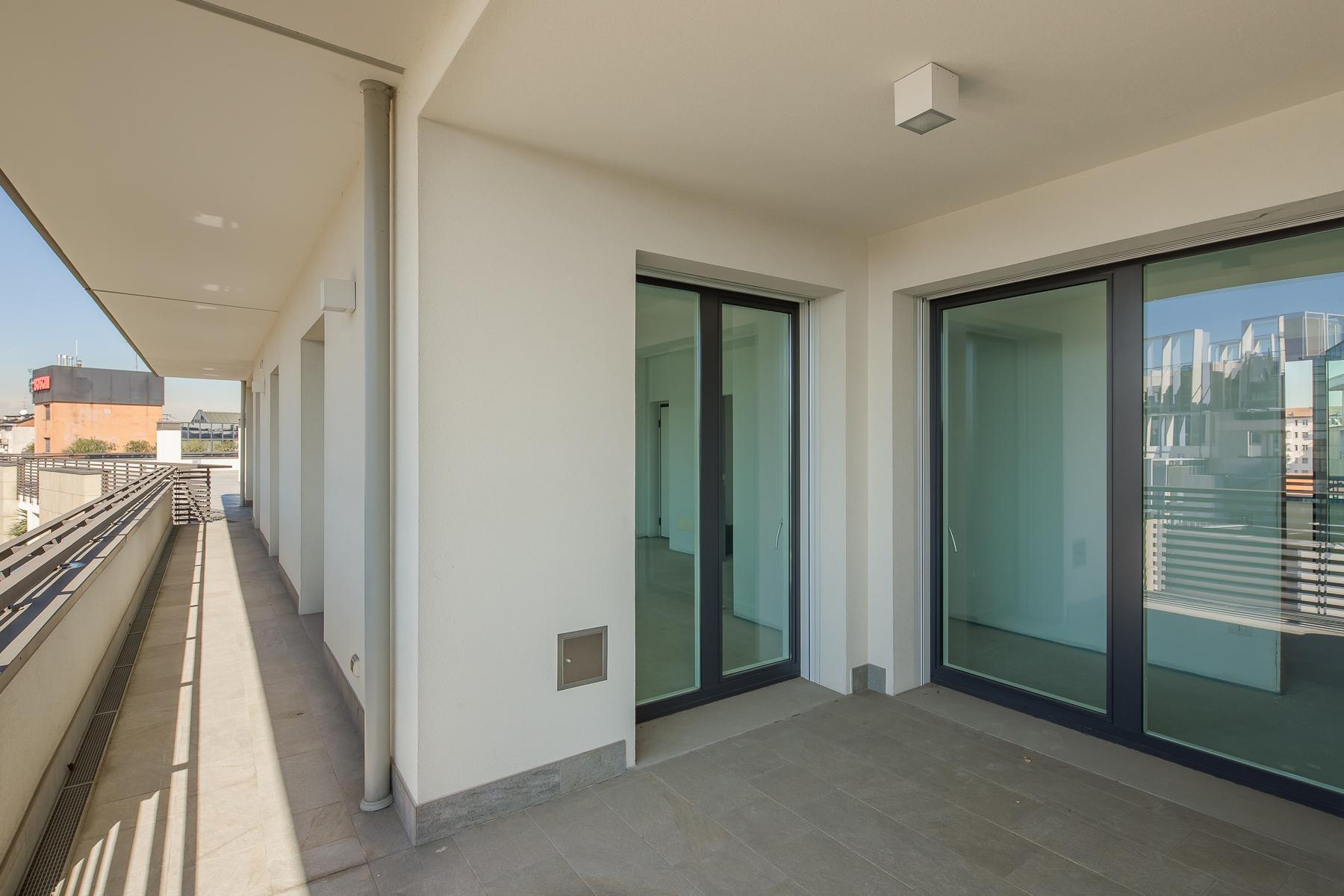 Prestigious penthouse of 320 sqm with terrace and beautiful 360° view - 27