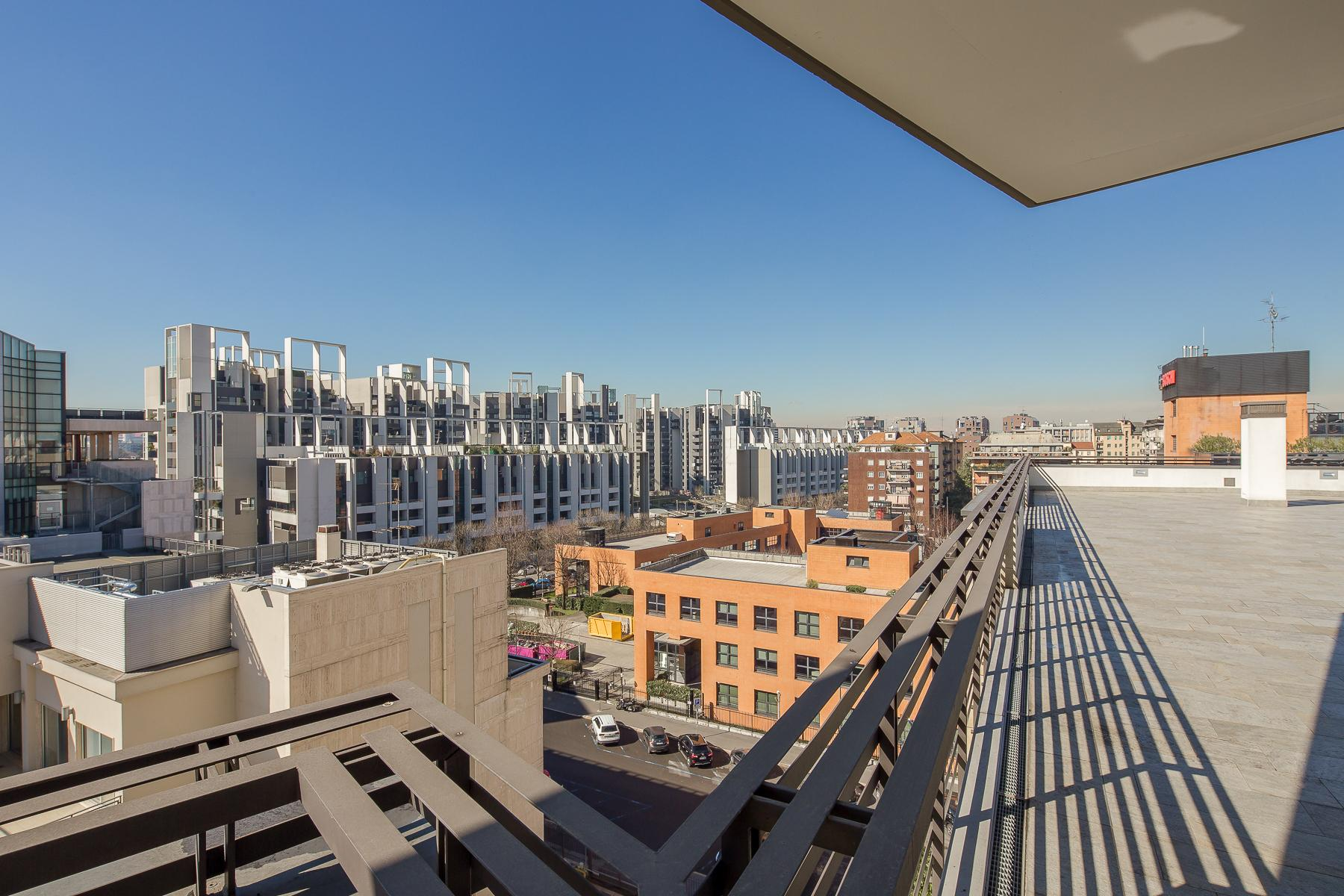 Prestigious penthouse of 320 sqm with terrace and beautiful 360° view - 23