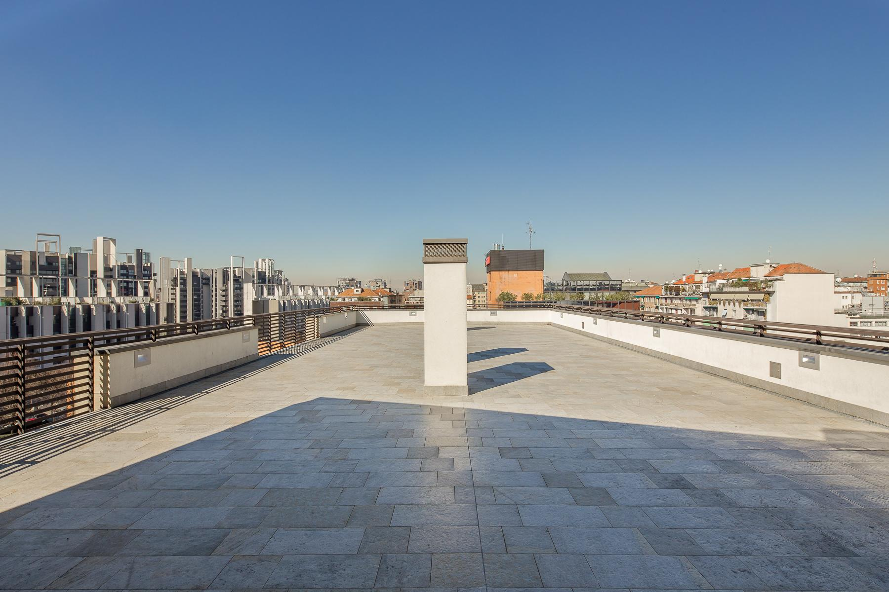 Prestigious penthouse of 320 sqm with terrace and beautiful 360° view - 22