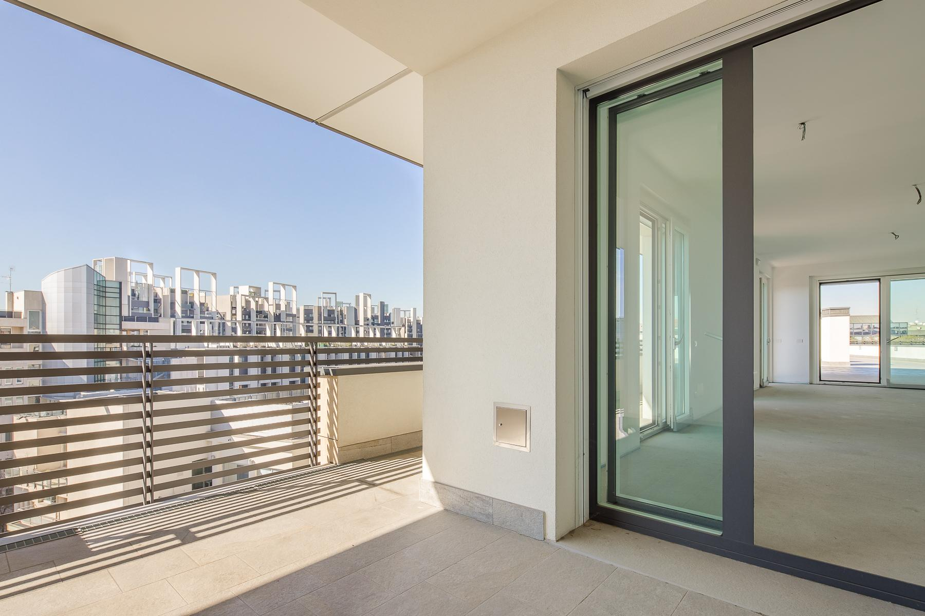 Prestigious penthouse of 320 sqm with terrace and beautiful 360° view - 9
