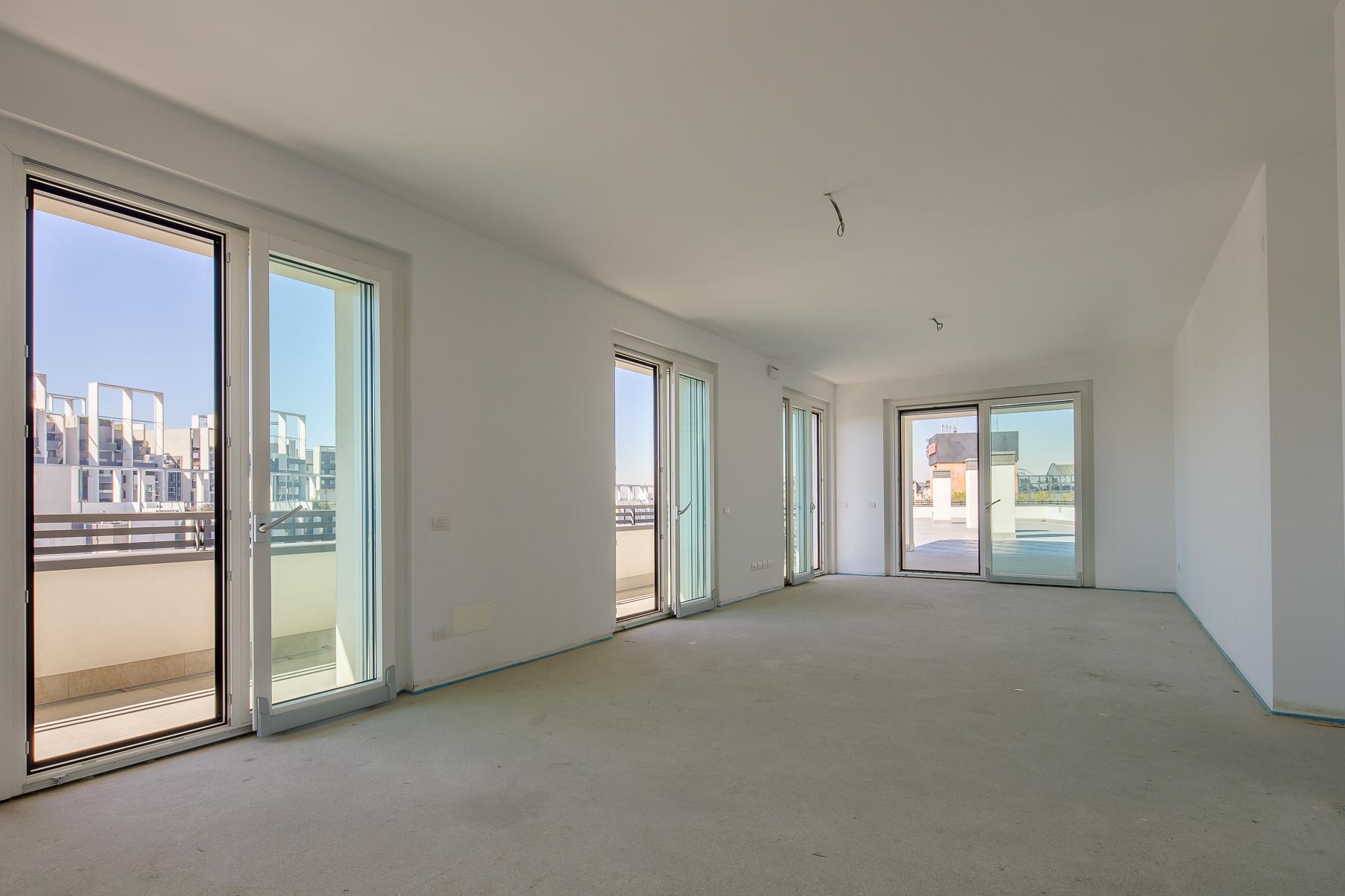Prestigious penthouse of 320 sqm with terrace and beautiful 360° view - 19
