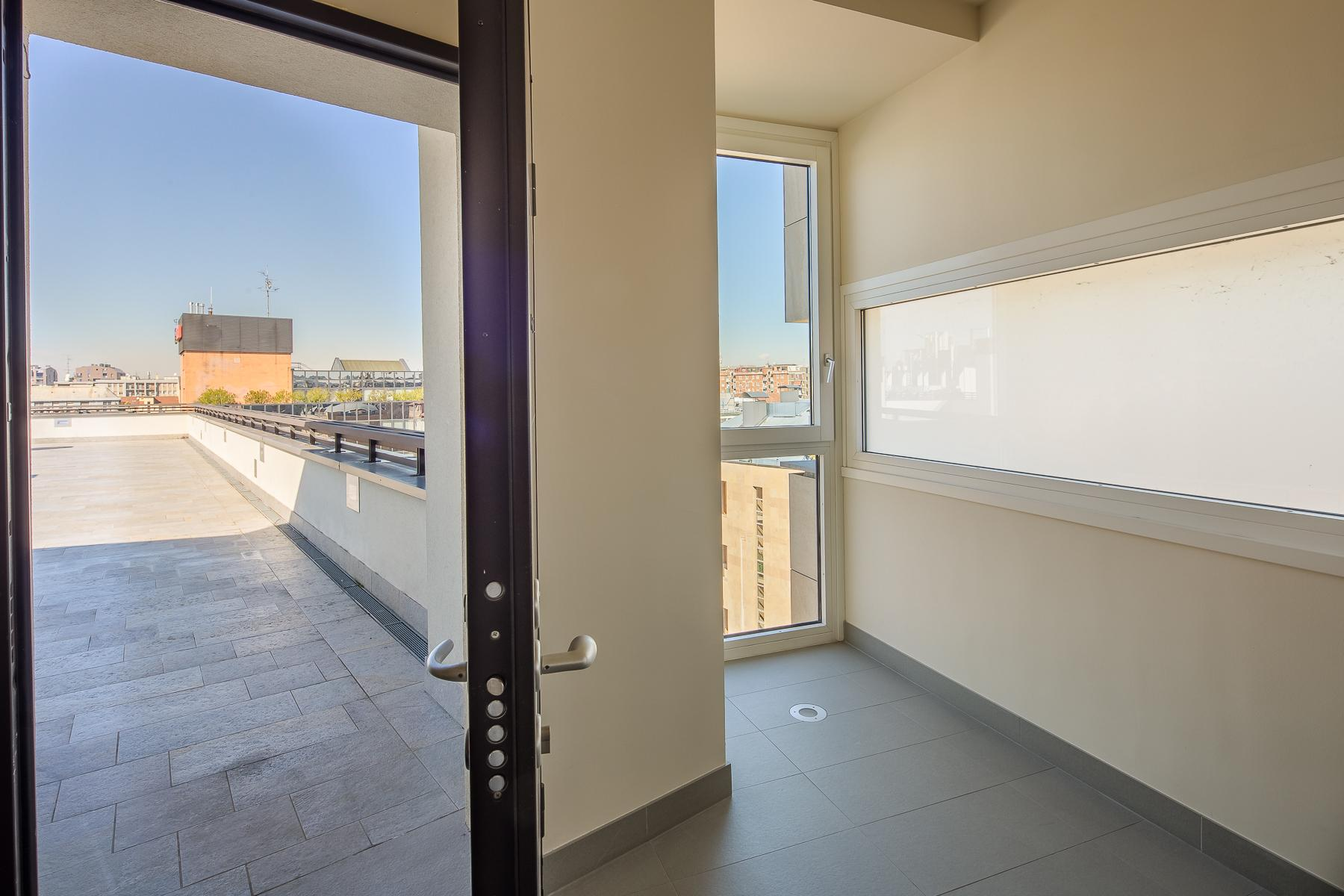 Prestigious penthouse of 320 sqm with terrace and beautiful 360° view - 28