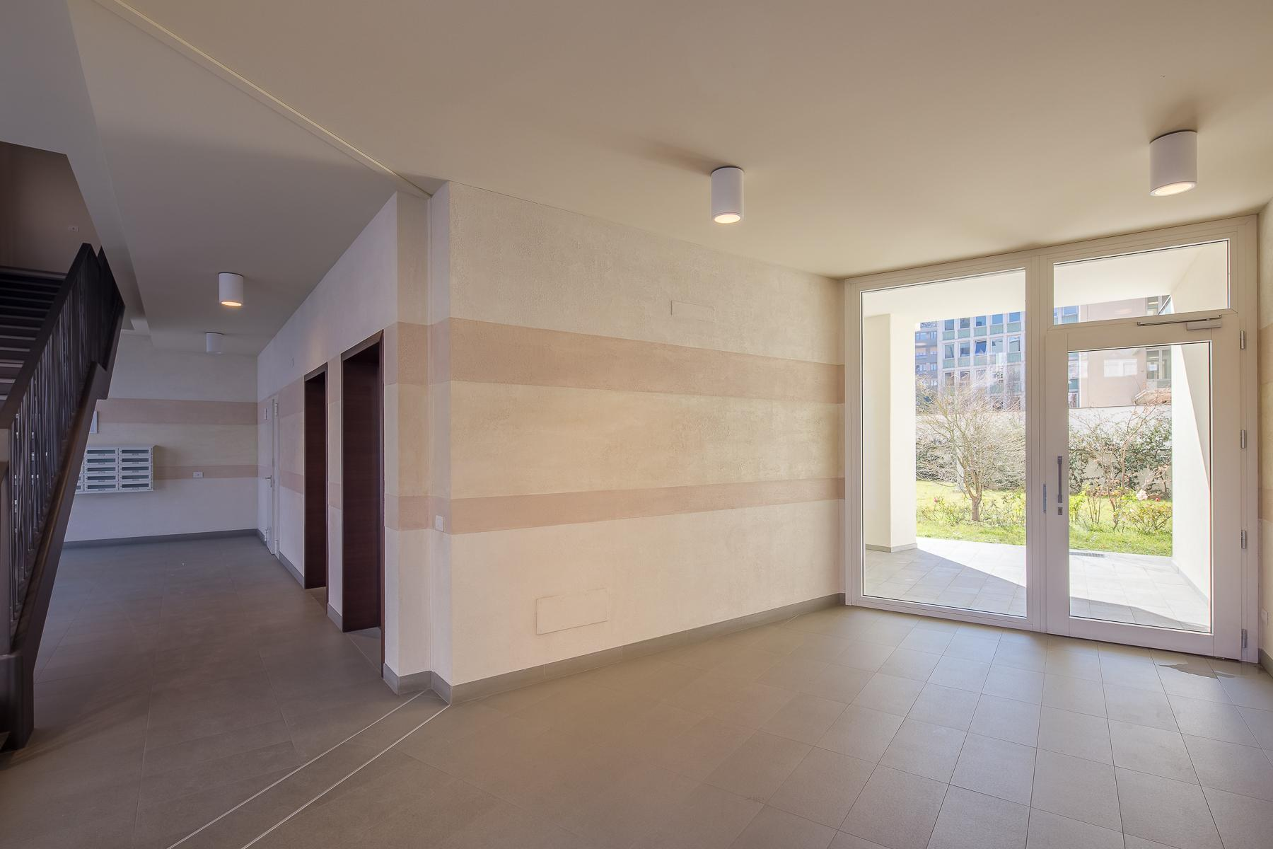 Prestigious penthouse of 320 sqm with terrace and beautiful 360° view - 31