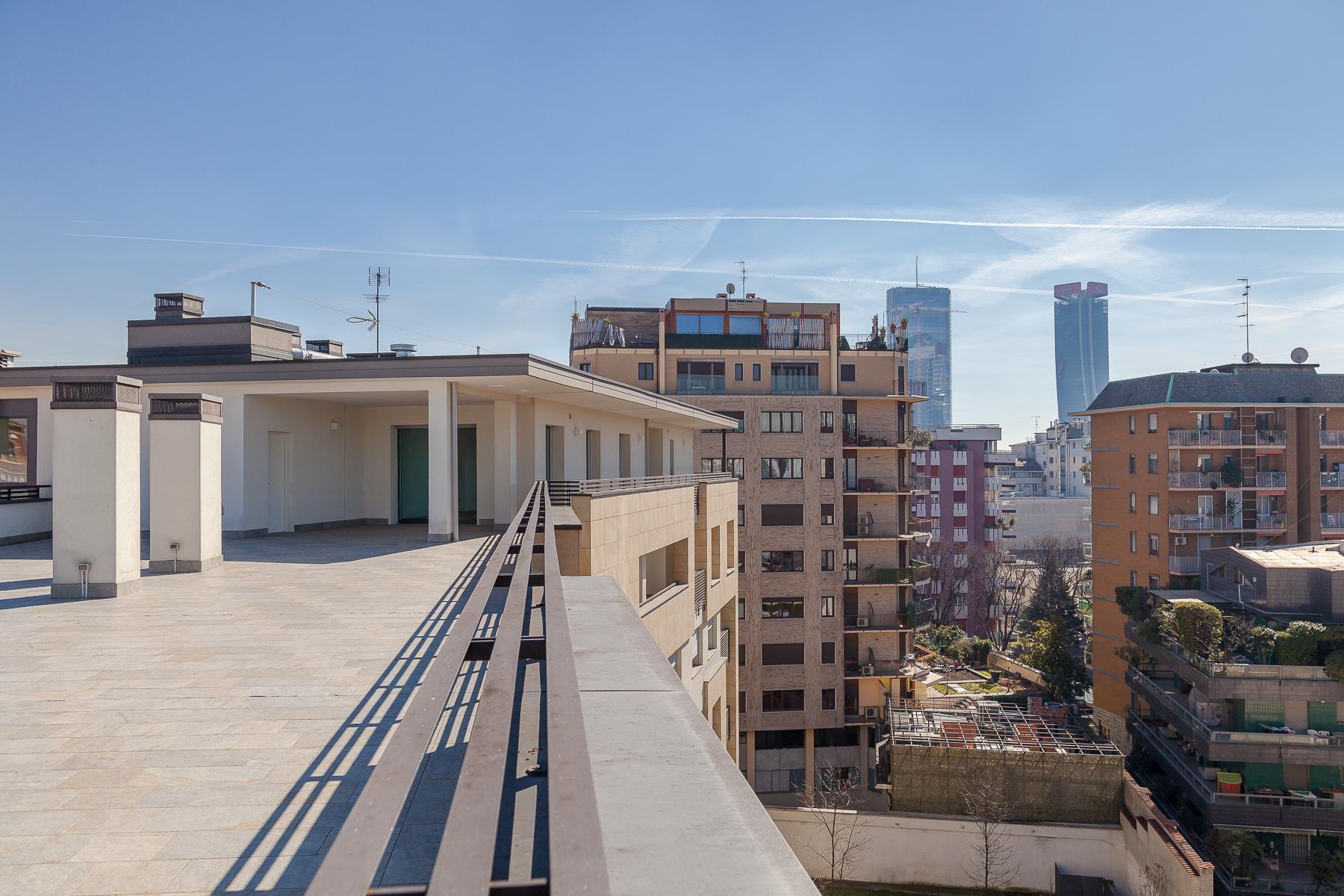 Prestigious penthouse of 320 sqm with terrace and beautiful 360° view - 33