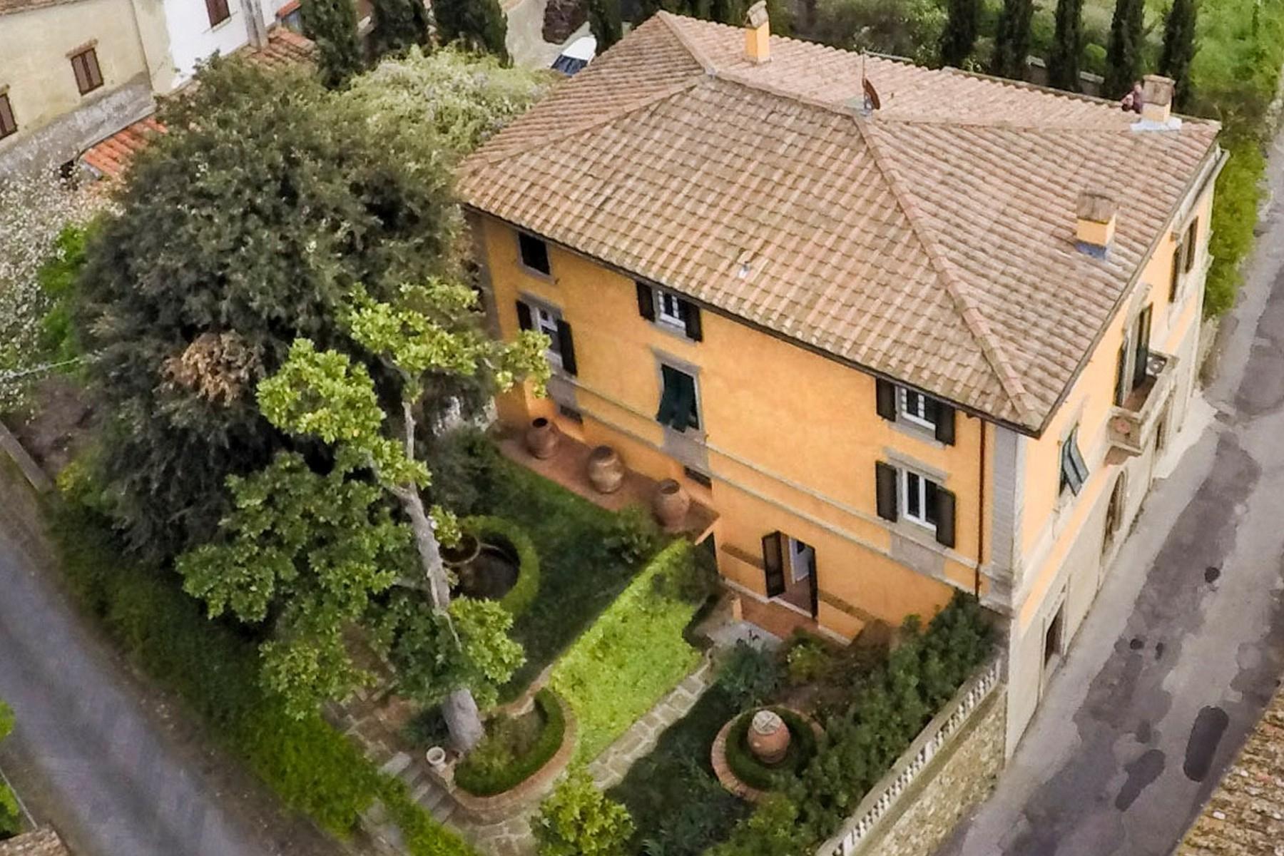 Stupenda villa nei pressi del Golf di Montecatini Terme - 2