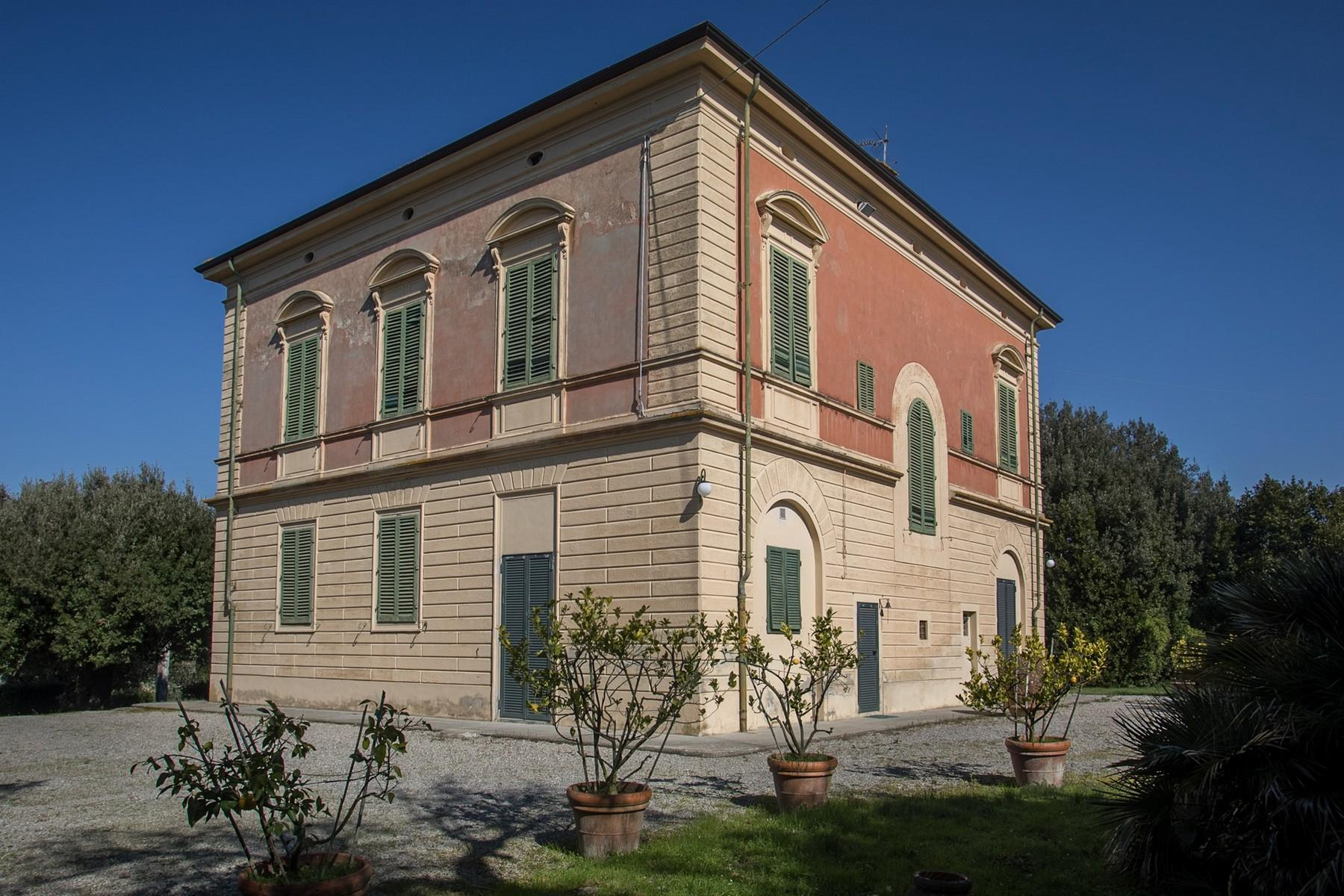 Elegant Historic Villa  in 23 Hectare Estate in the Province of Pisa. - 16
