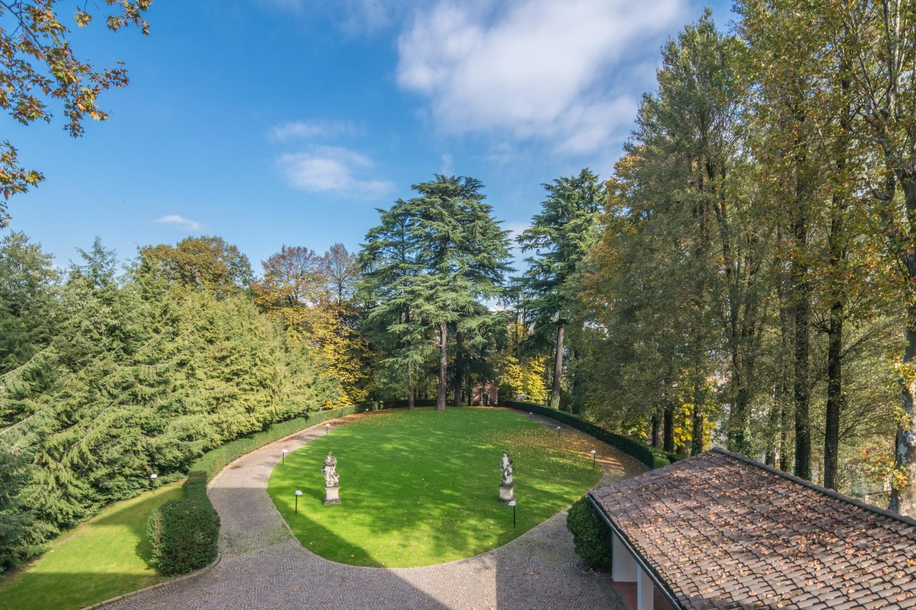 Pretigious historical villa close to Milan - 13