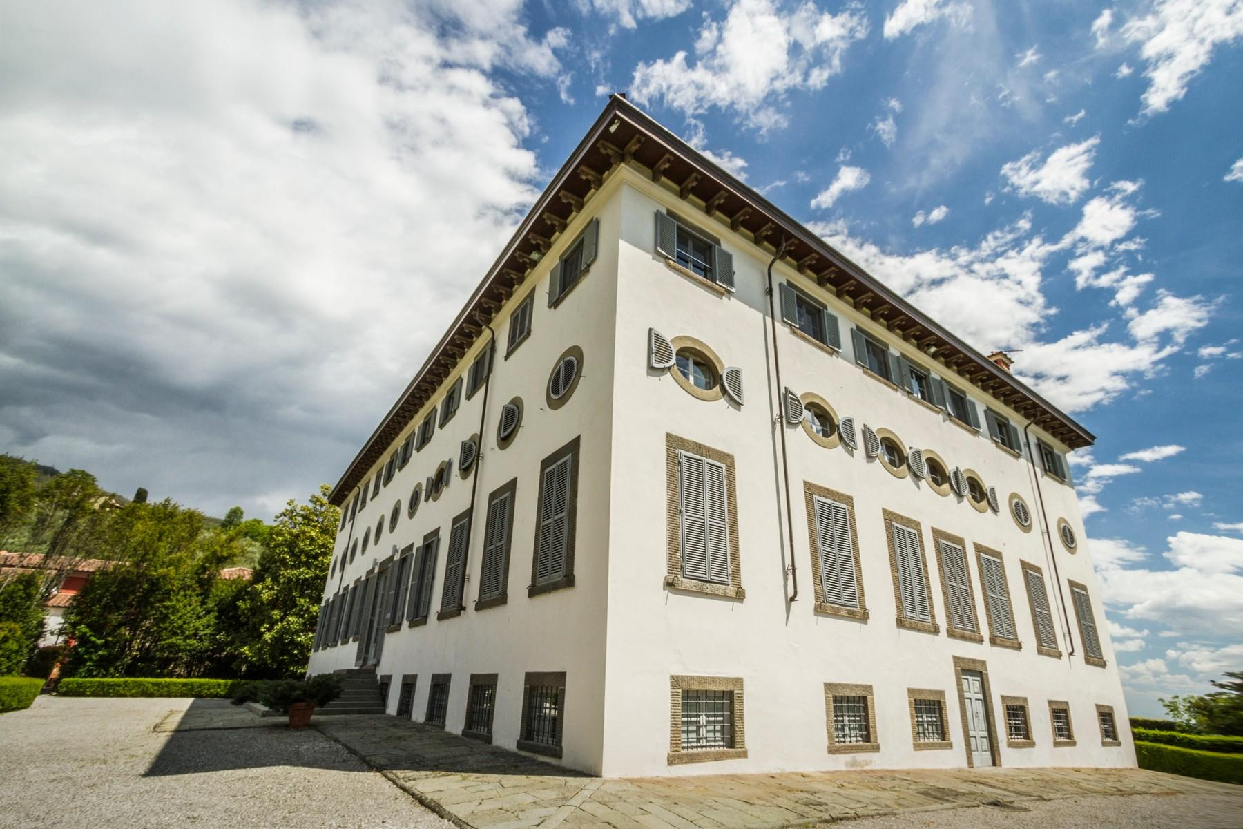 Luxury apartment in exclusive resort with historic villa on the  hills of Lucca - 14