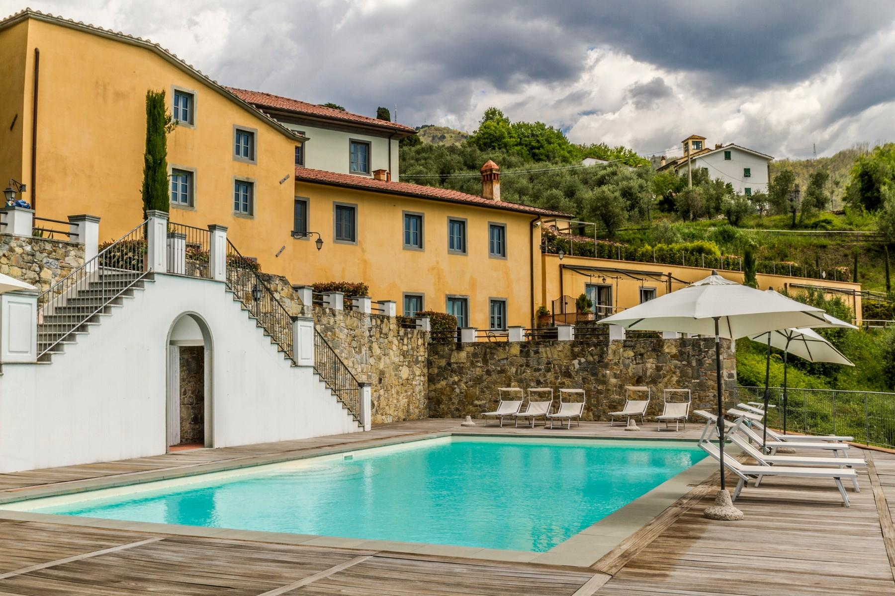 Luxury apartment in exclusive resort with historic villa on the  hills of Lucca - 1